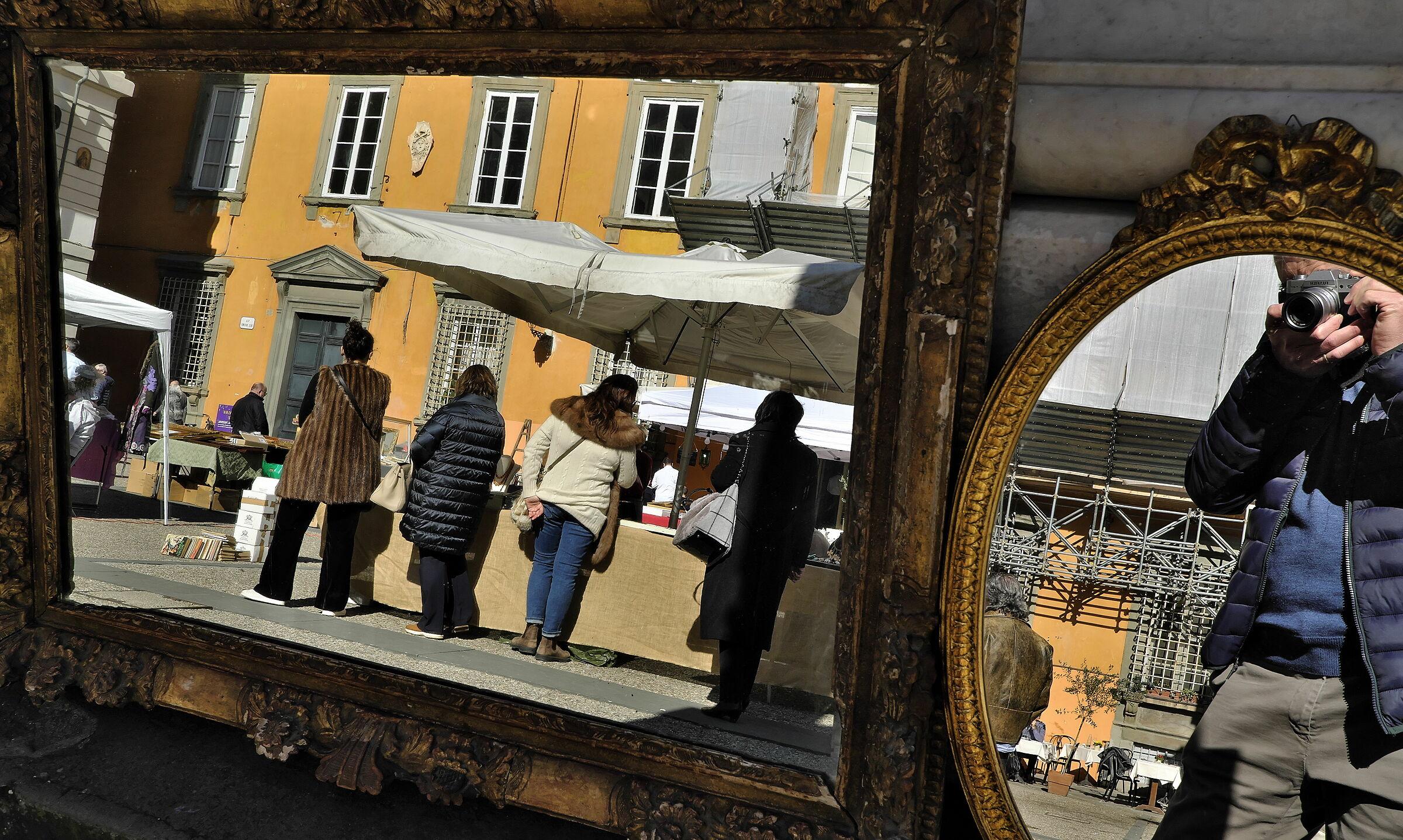 Mercato allo specchio...