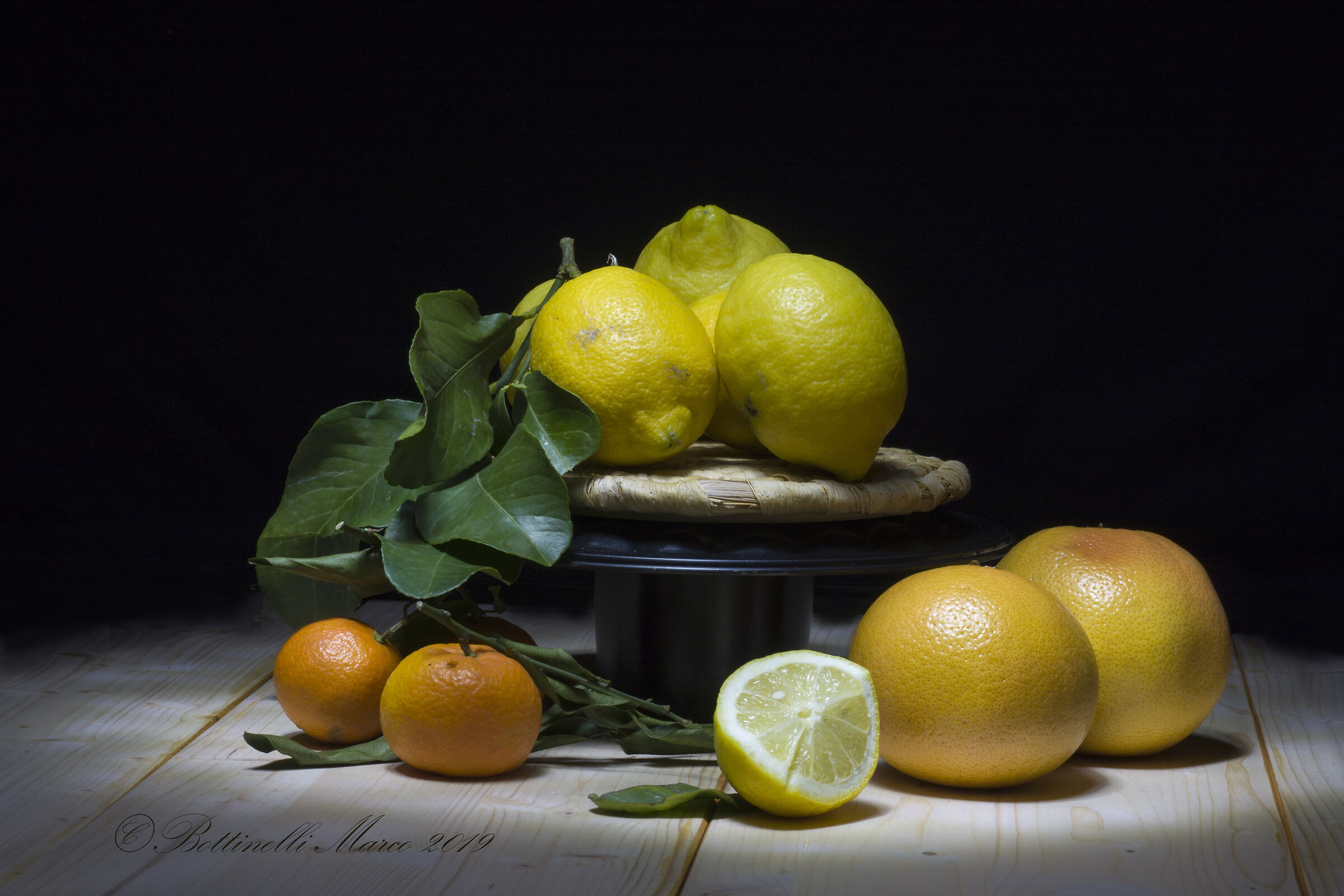 Light Painting:.... Not only lemons...