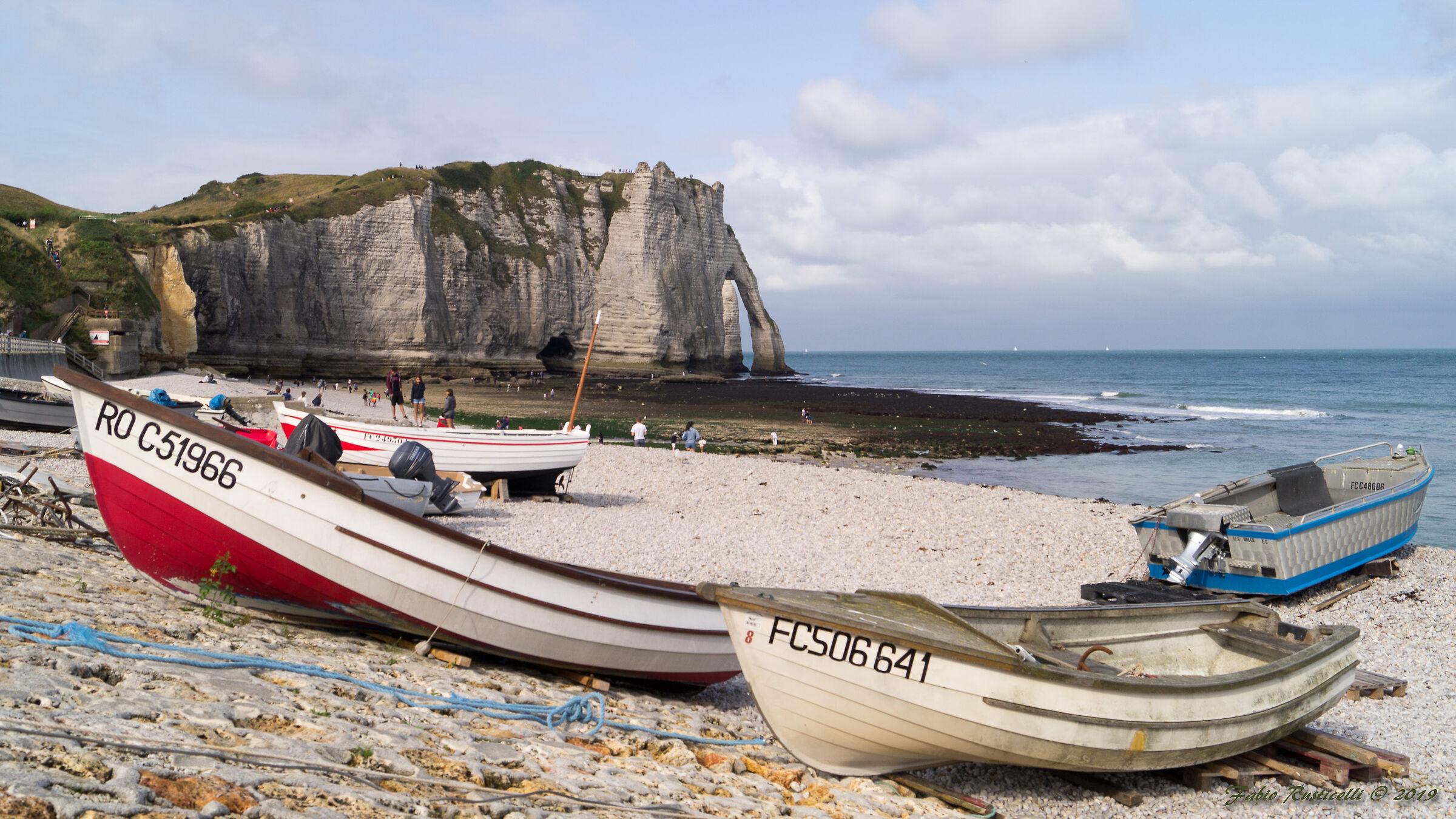 Étretat, his crags his boats.........