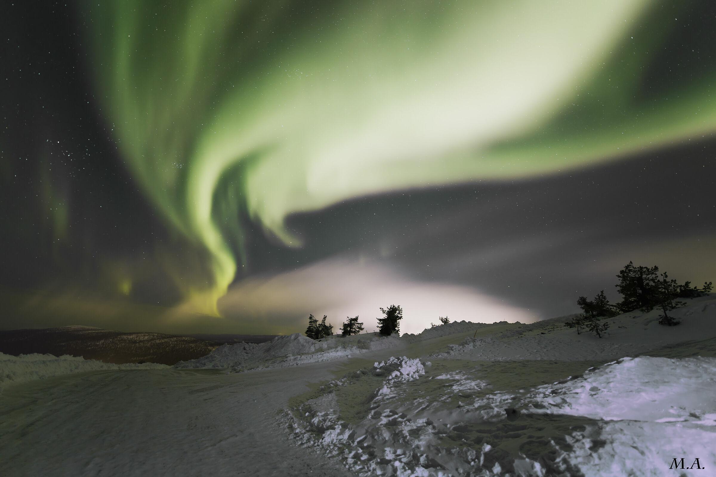 Aurora explosion...