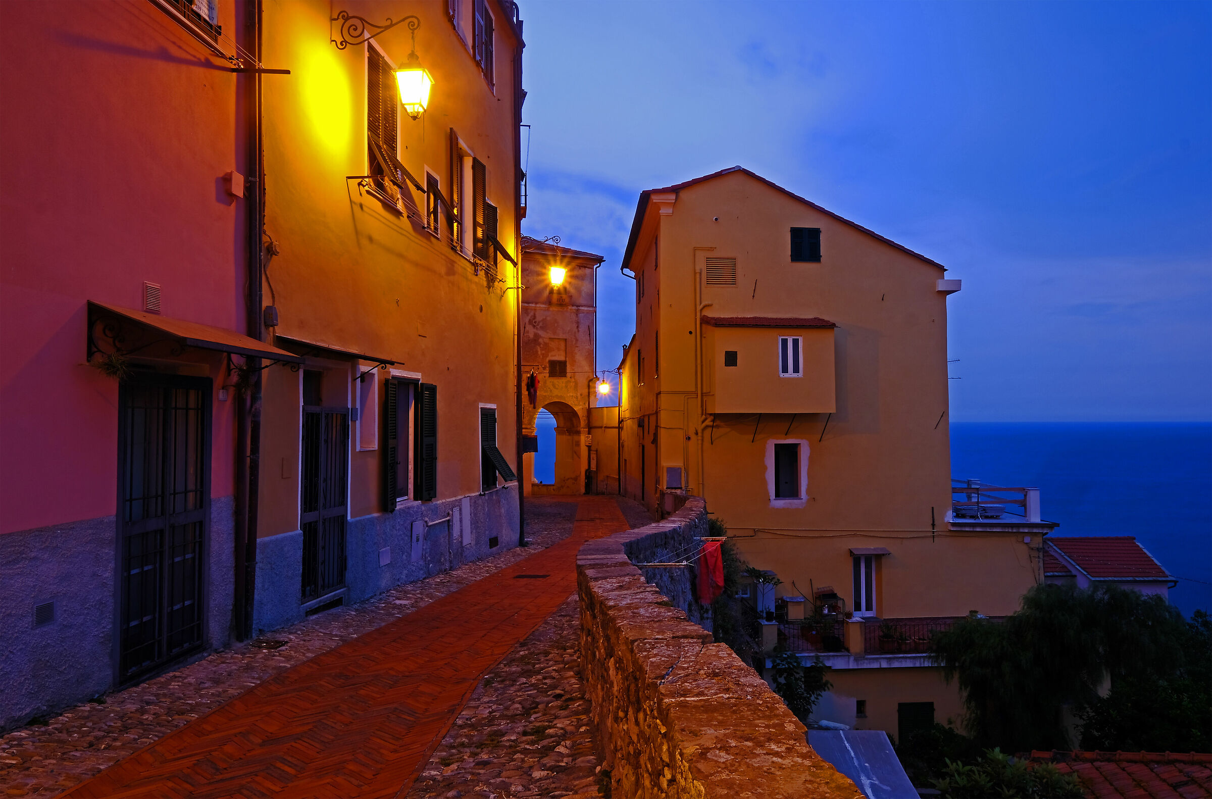 The evening falls on the ancient village...