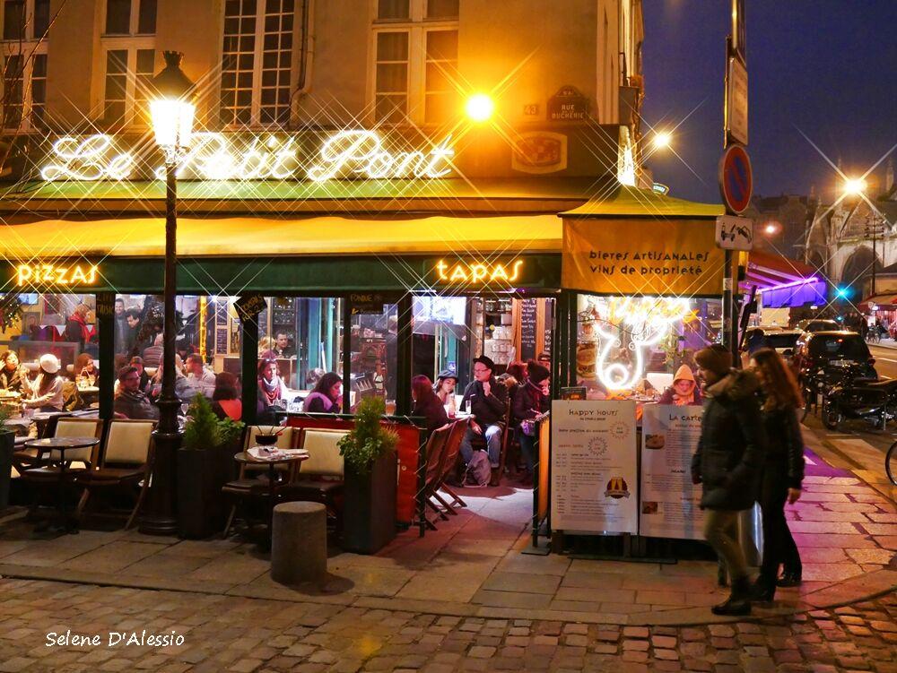 The Ville Lumiere...
