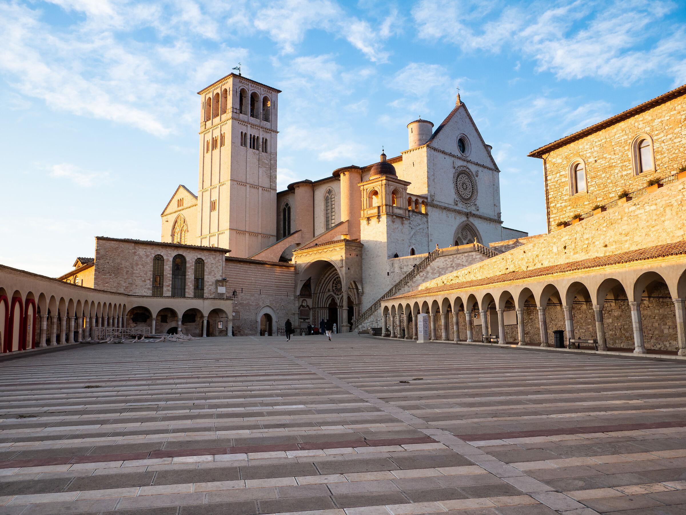 Veduta Basilica di S. Francesco...