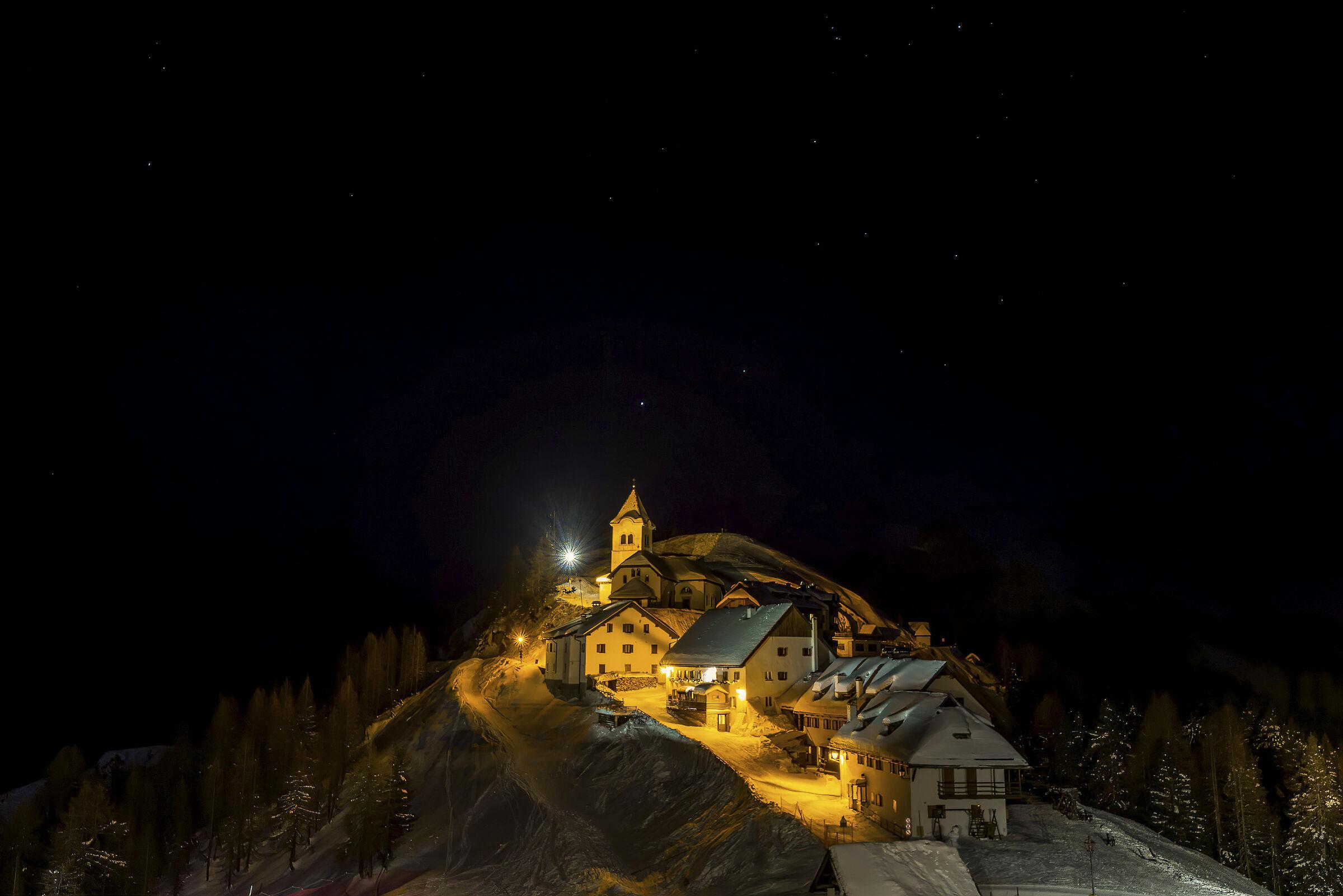 M.te Lussari by night...