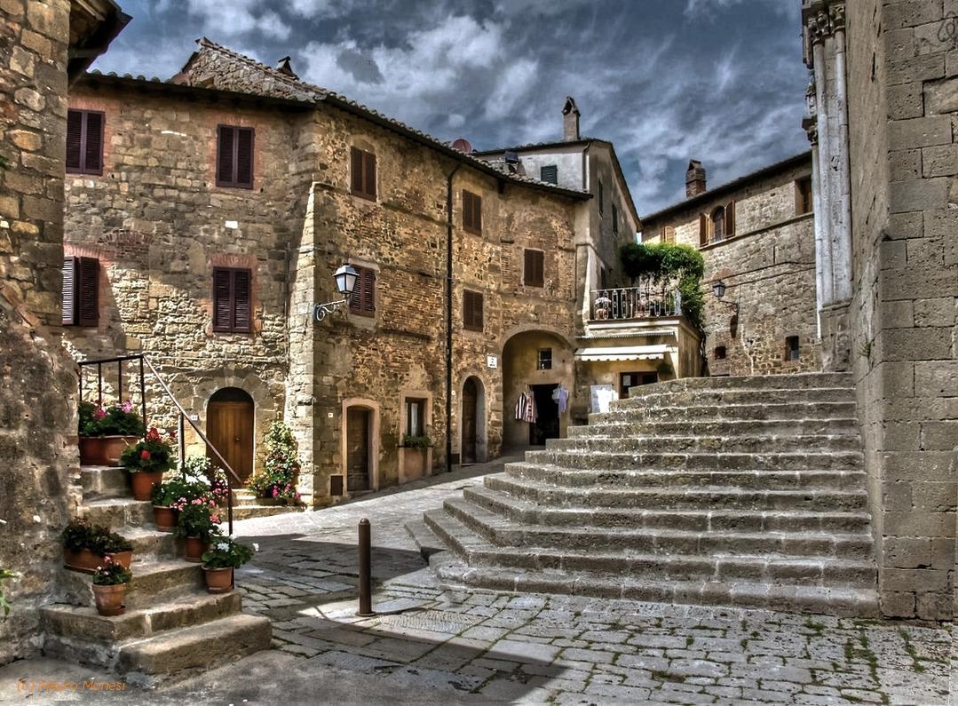 A Glimpse of Montichiello...