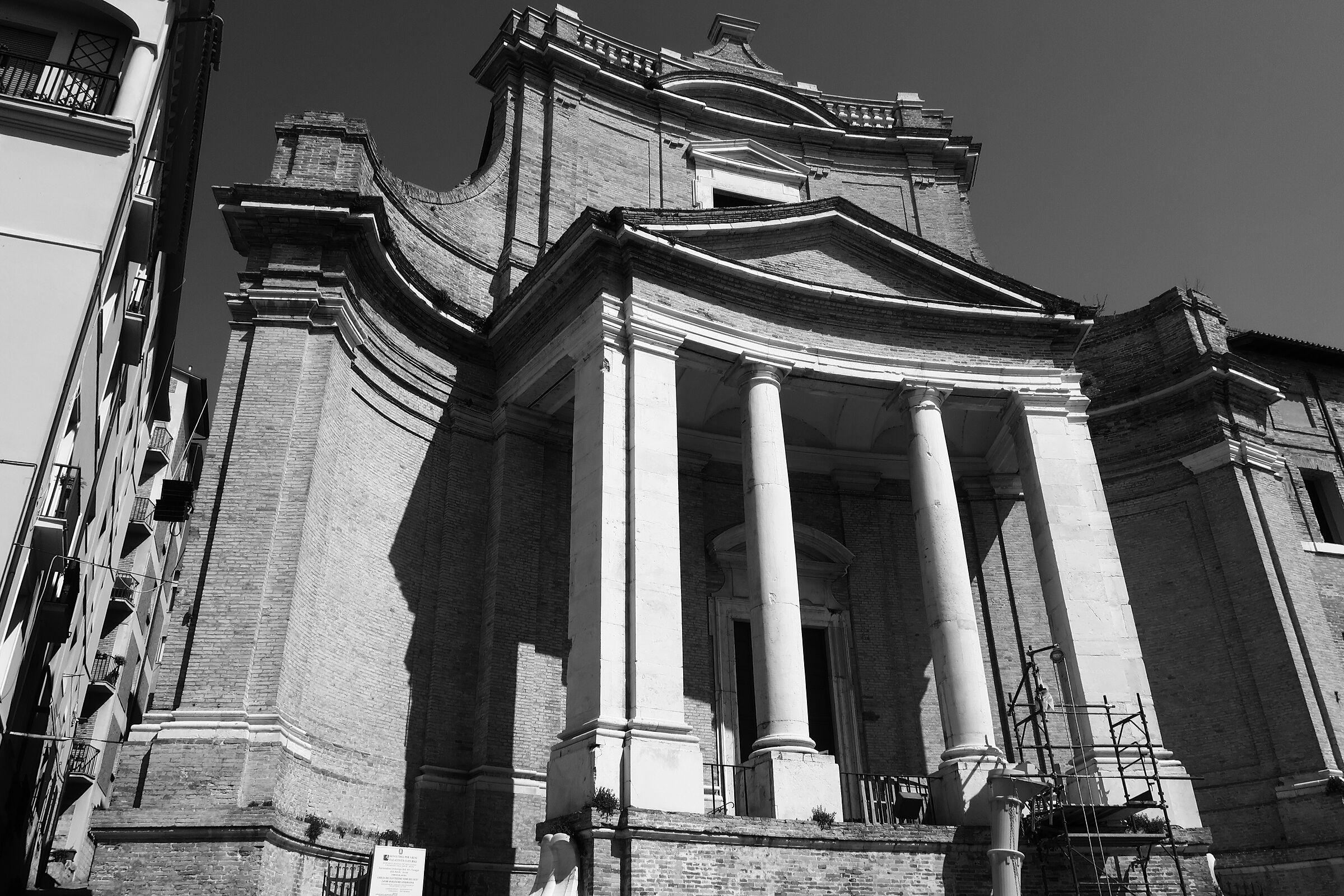 Chiesa del Gesù - Vanvitelli_AN...