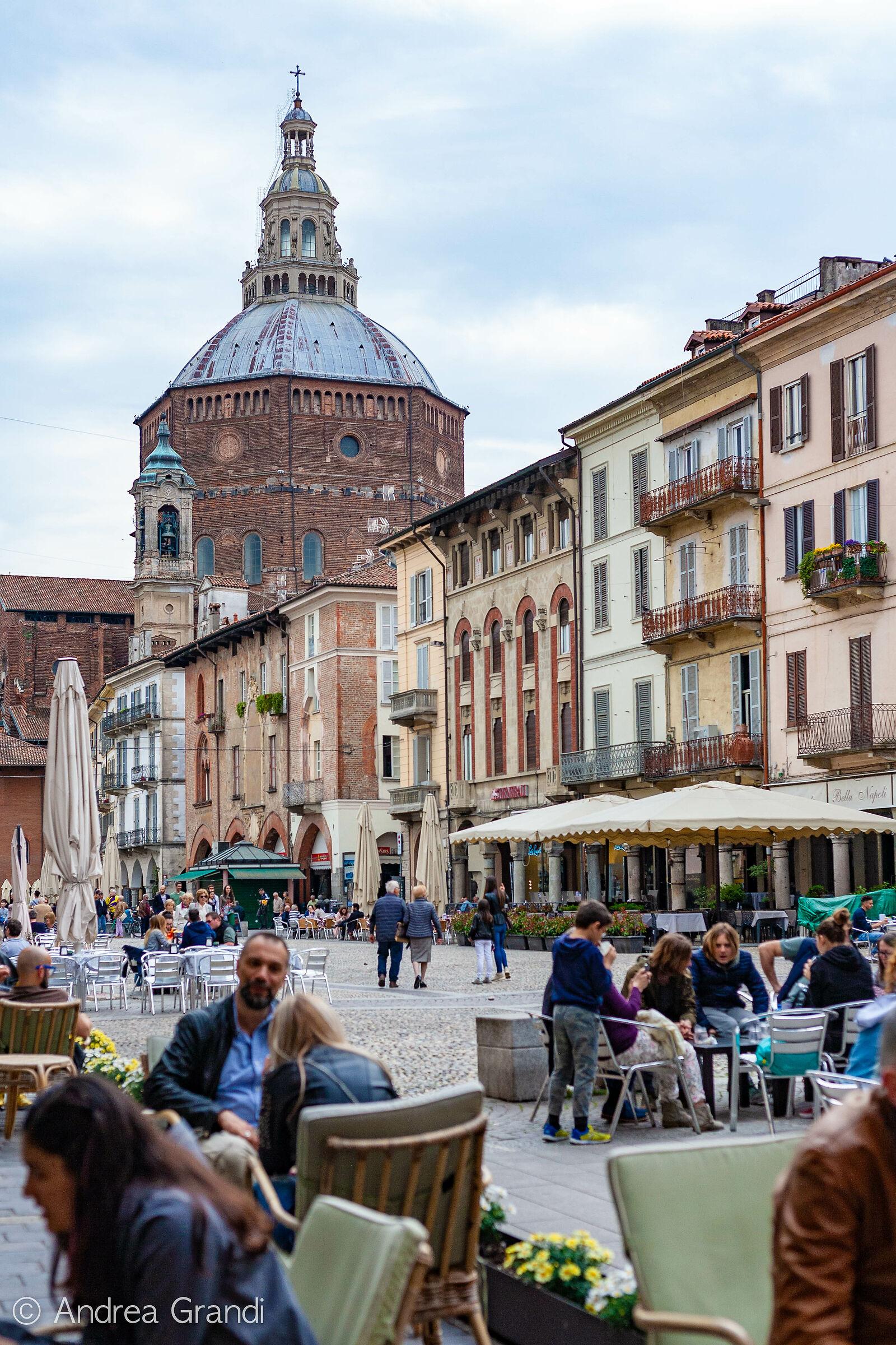 Piazza della Vittoria (Pavia)...