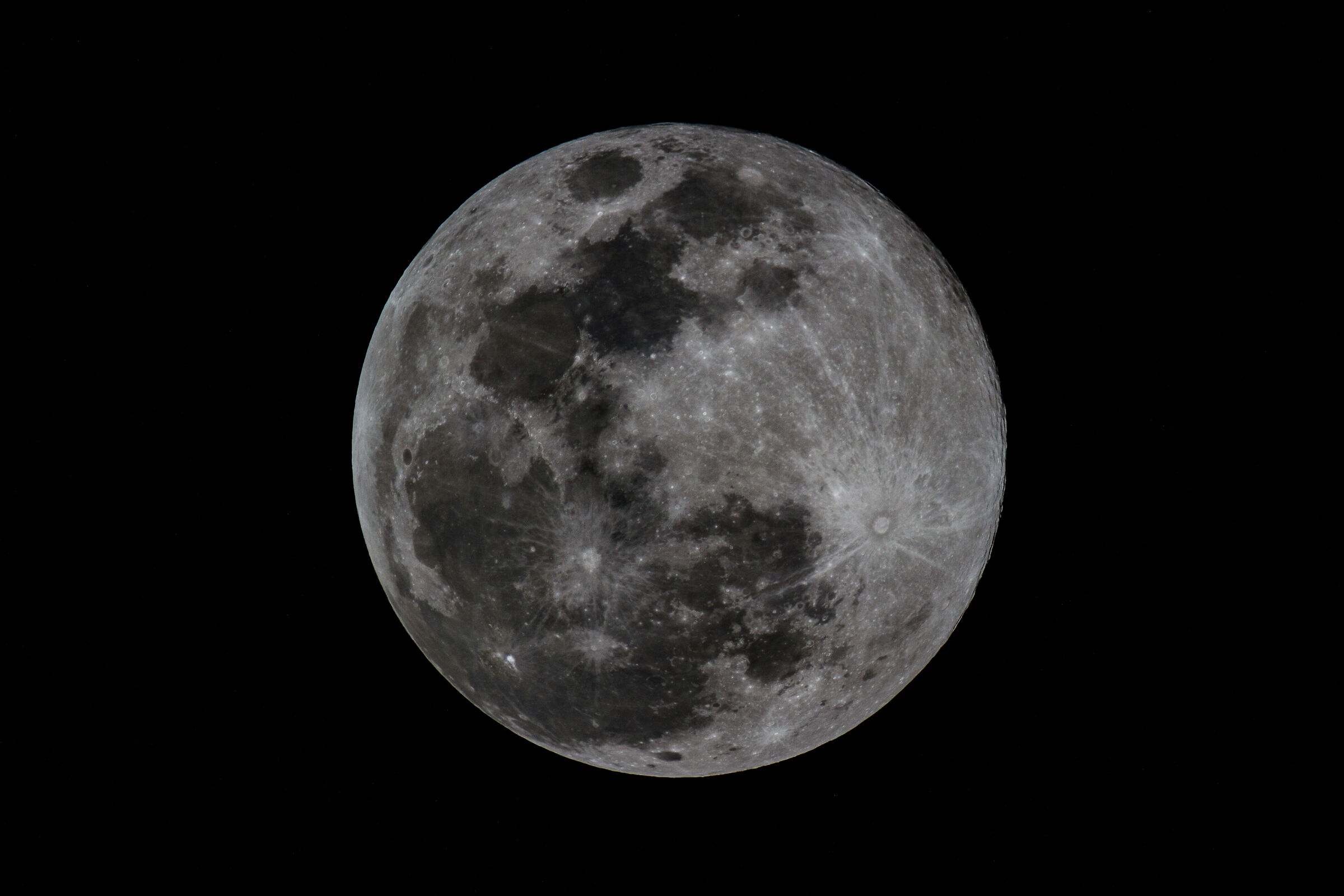 Whole supermoon...