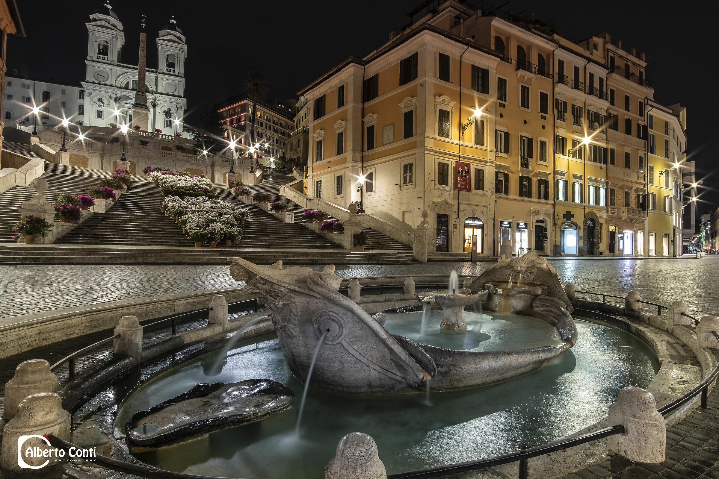 piazza di spagna di notte...