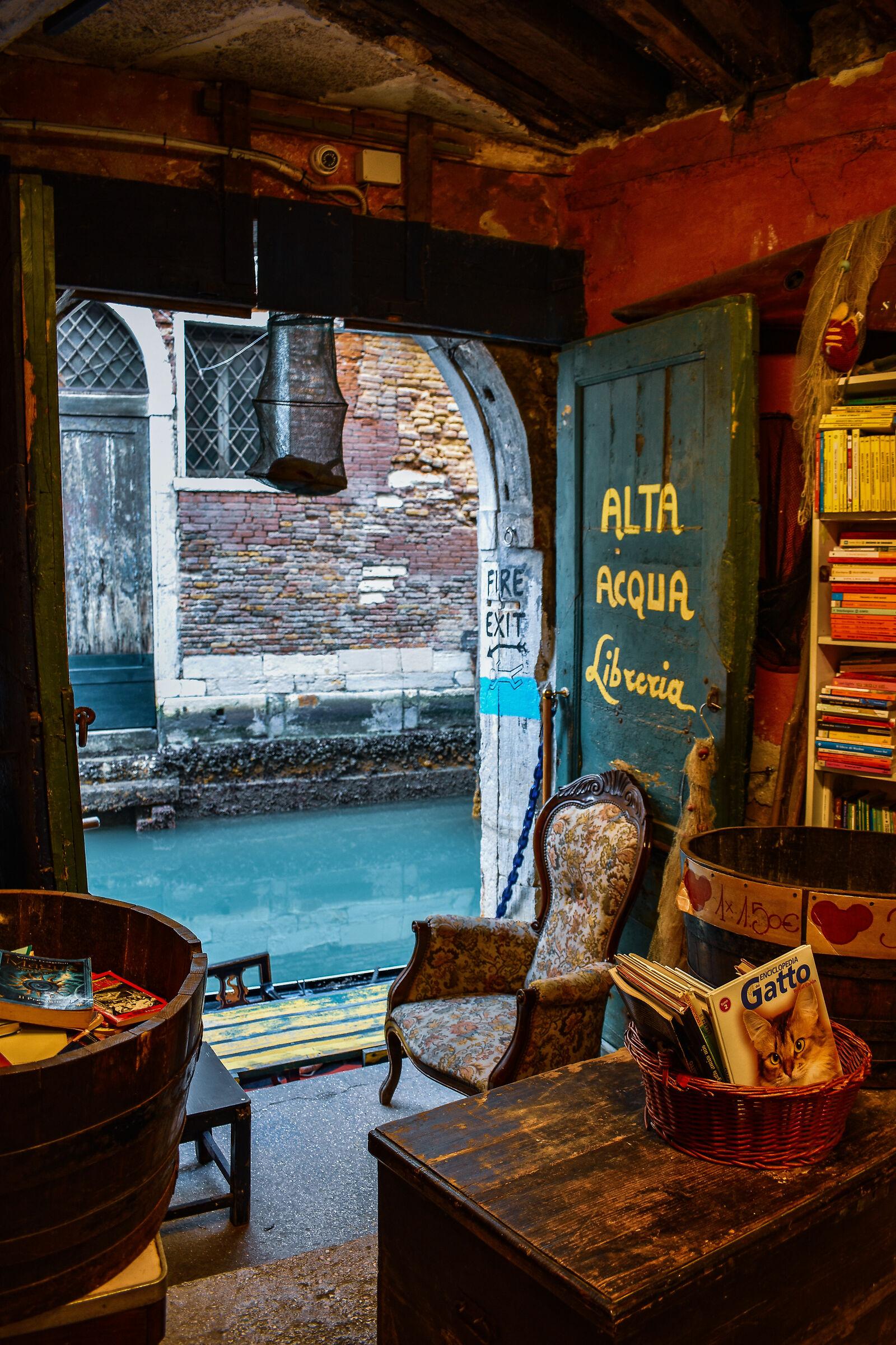 Libreria Acqua Alta...