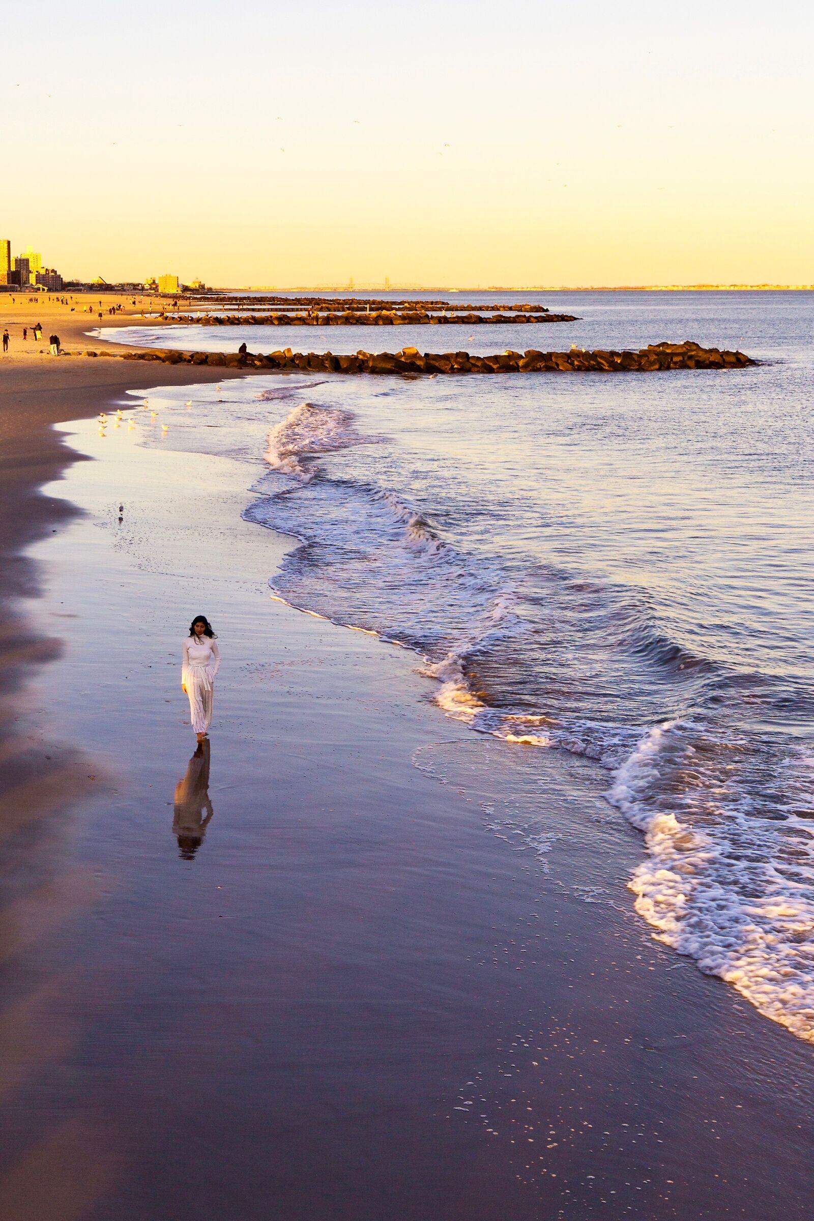 ConeyIsland: due passi a piedi nudi in atlantico...