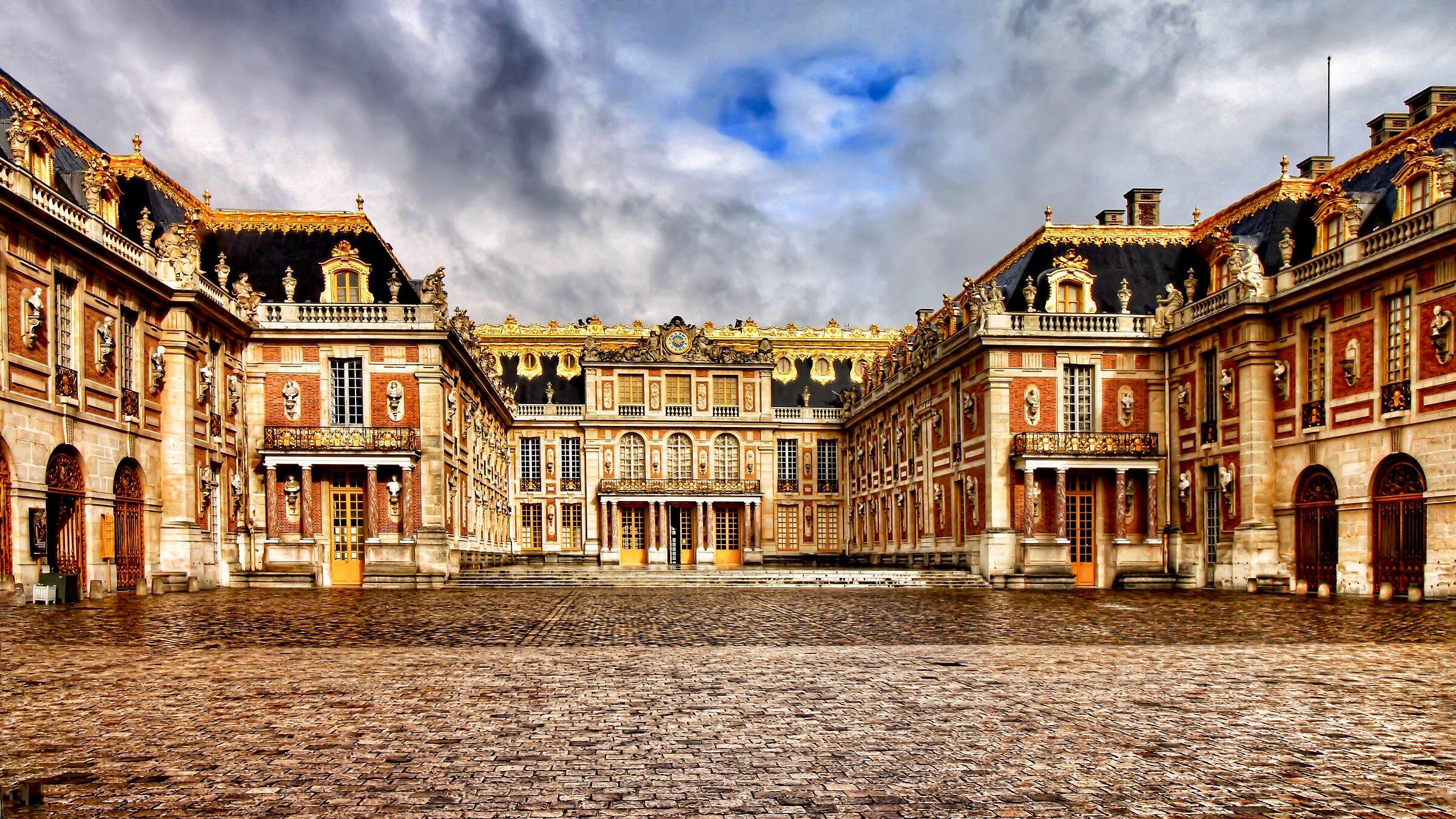 Château de Versailles. Cortile interno....