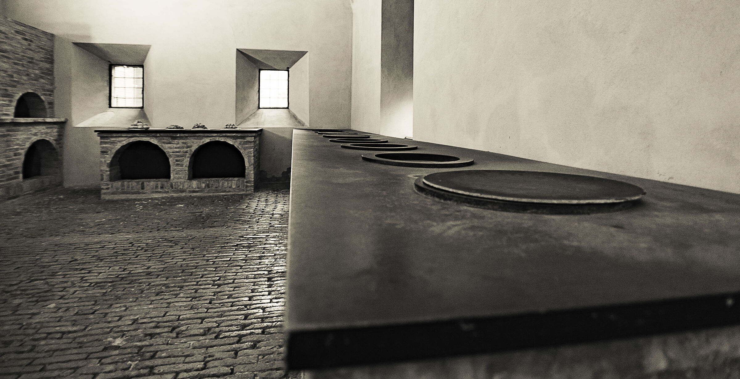 The kitchens of the castle of Ferrara...