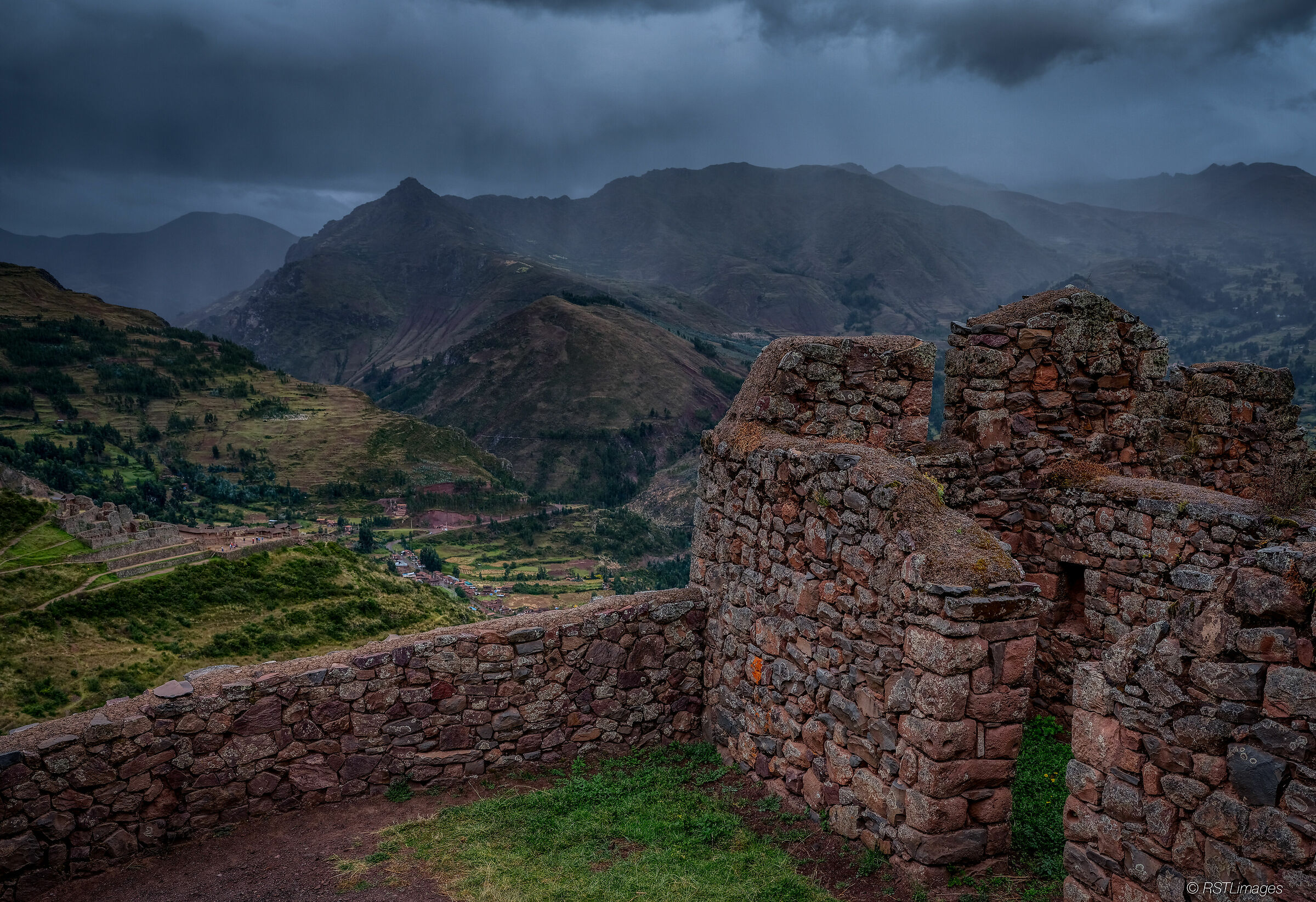 Ruins above Pisac...