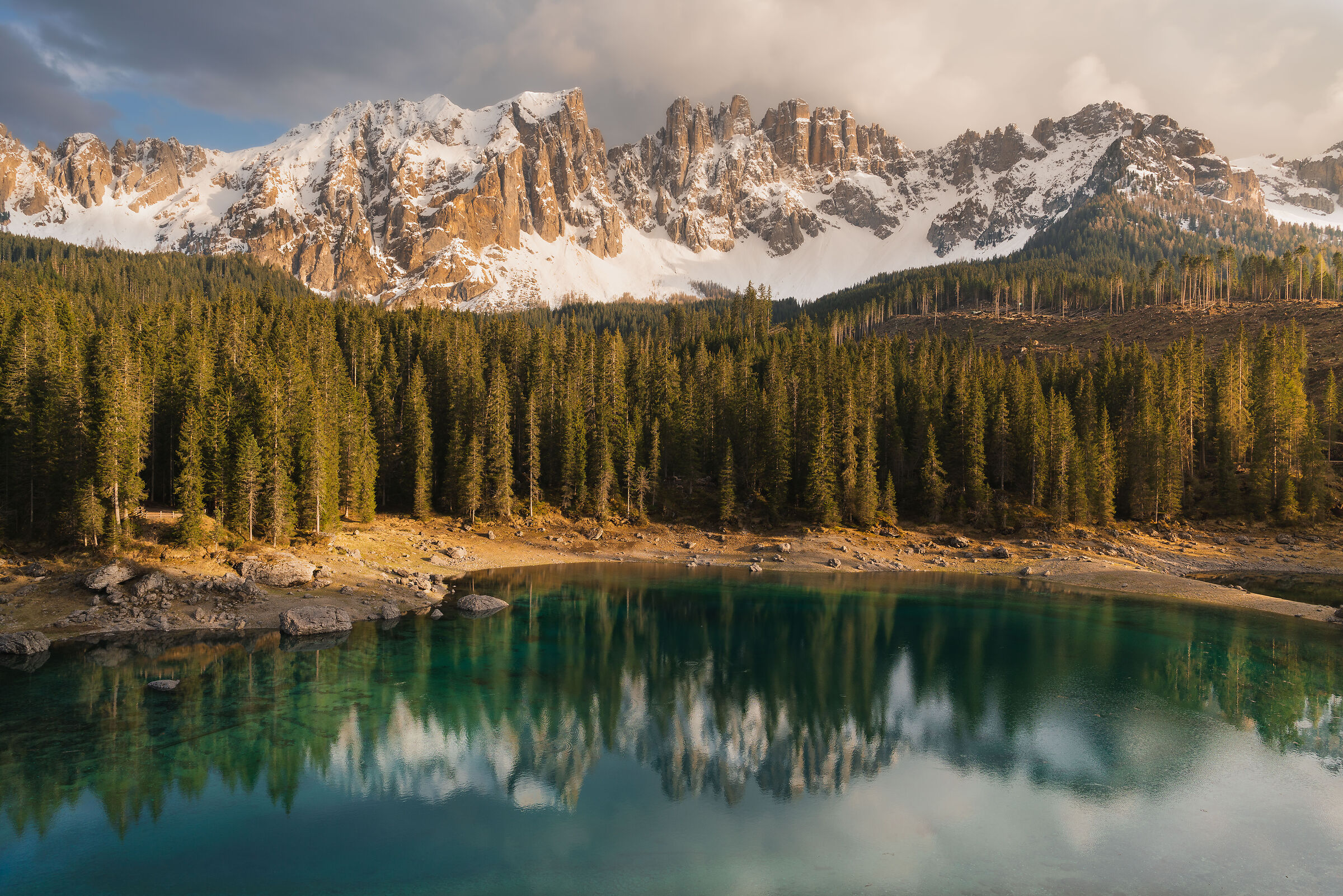 Return to the lake of Carezza...