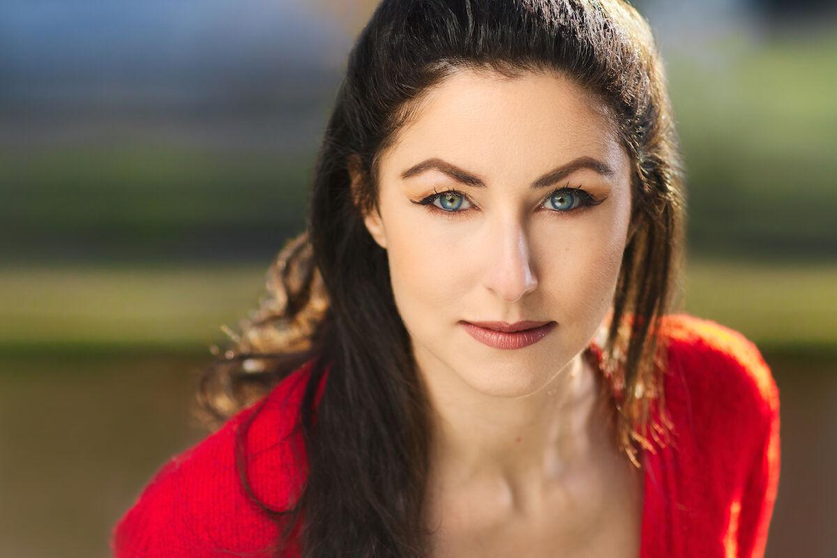 Marina - Actress Headshot...