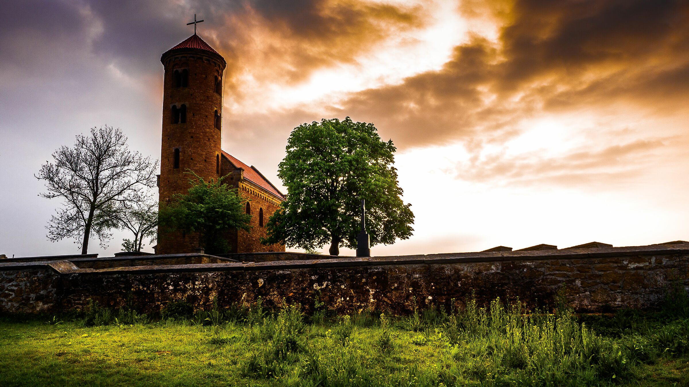 Church in Inowlodz...
