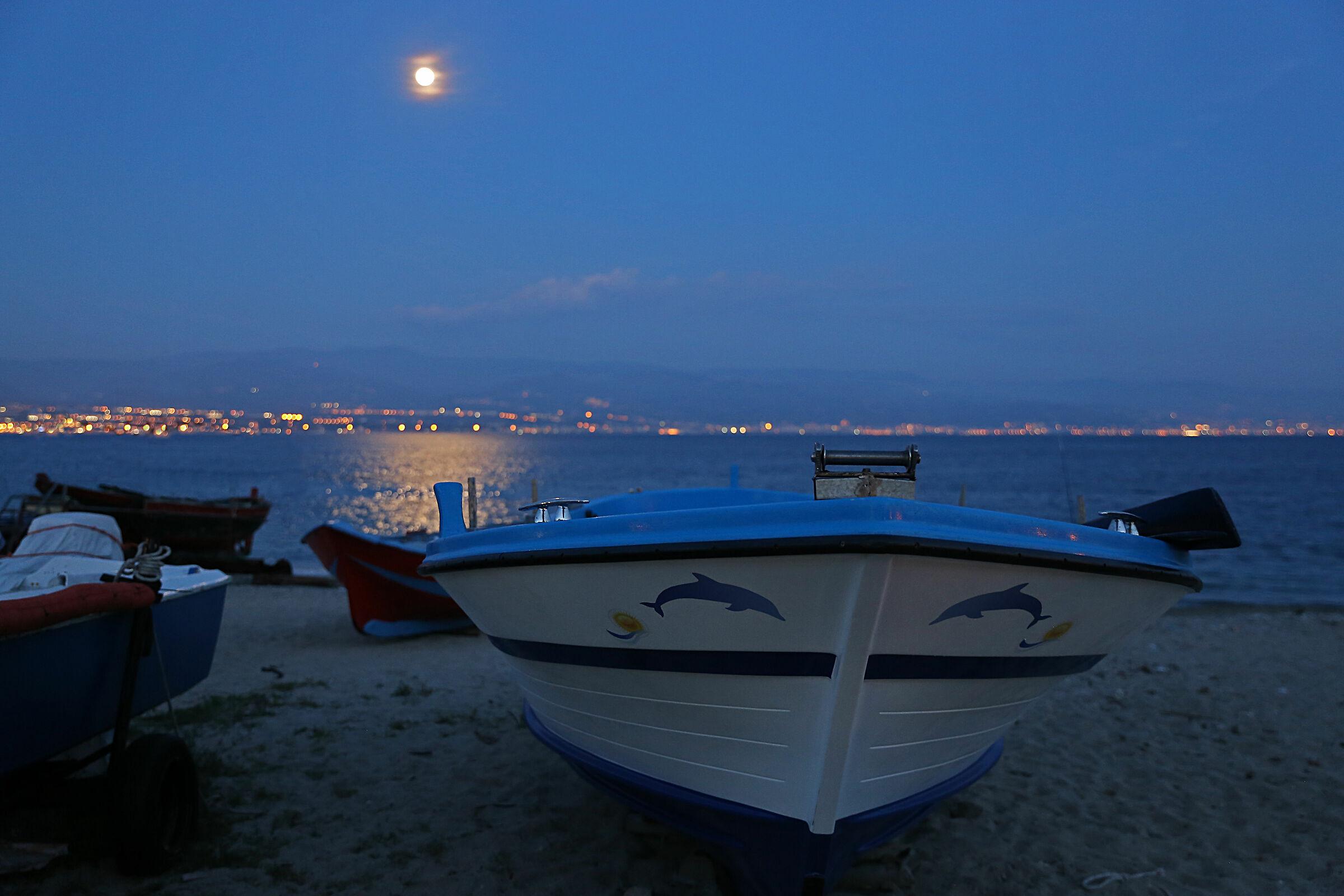 Full Moon on the Strait of Messina...