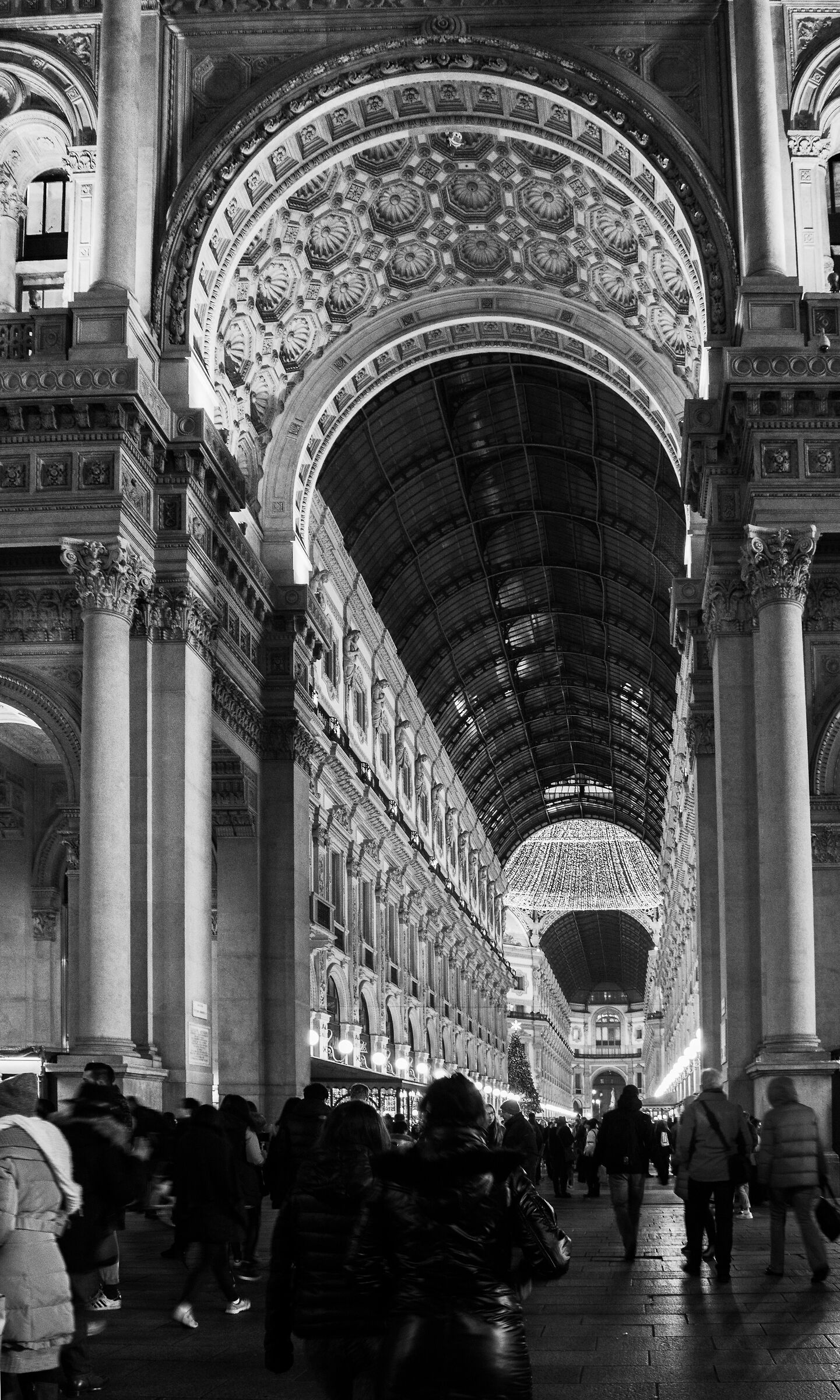 Milan-Lights in the gallery...