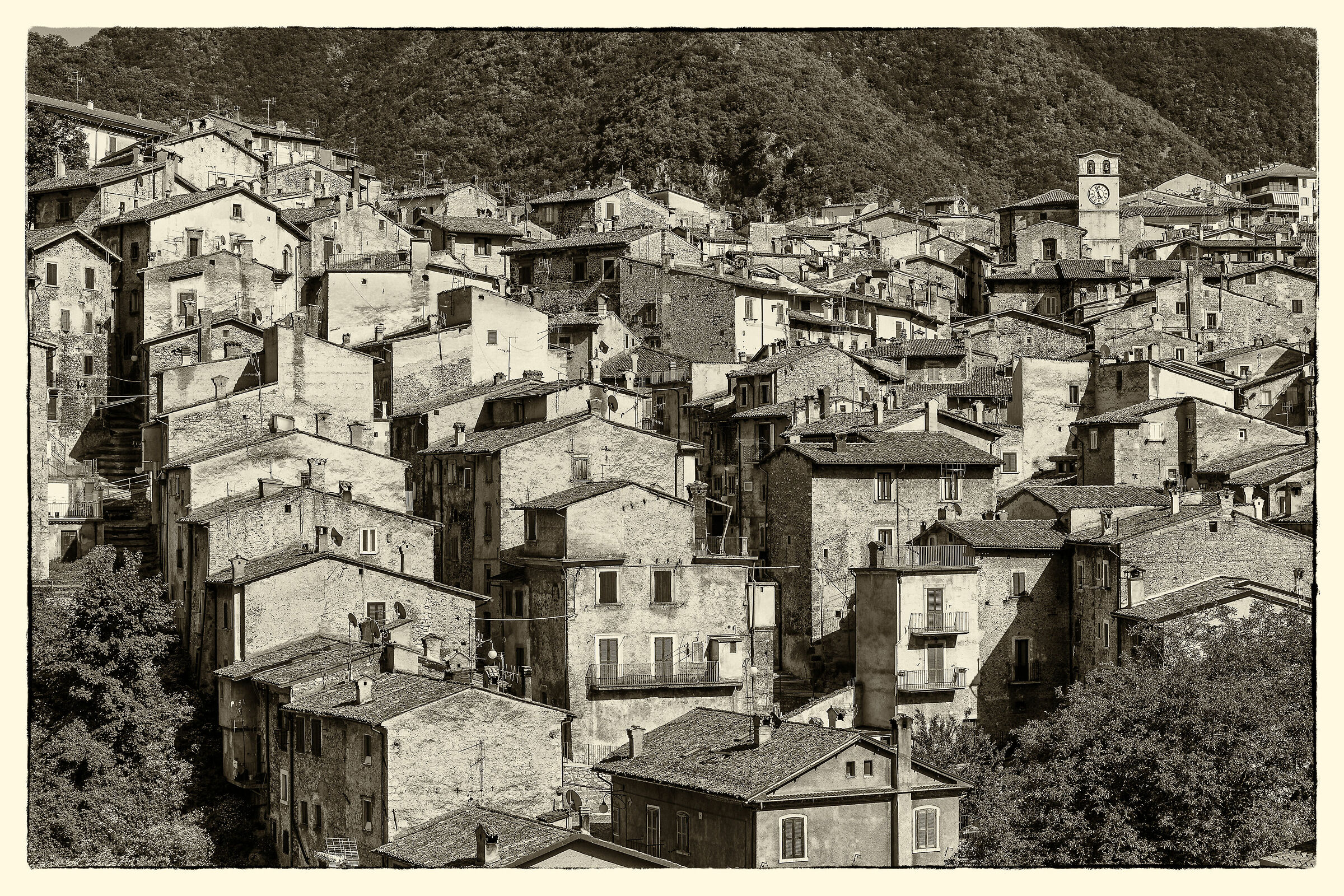 Passing by Scanno (Aq)...