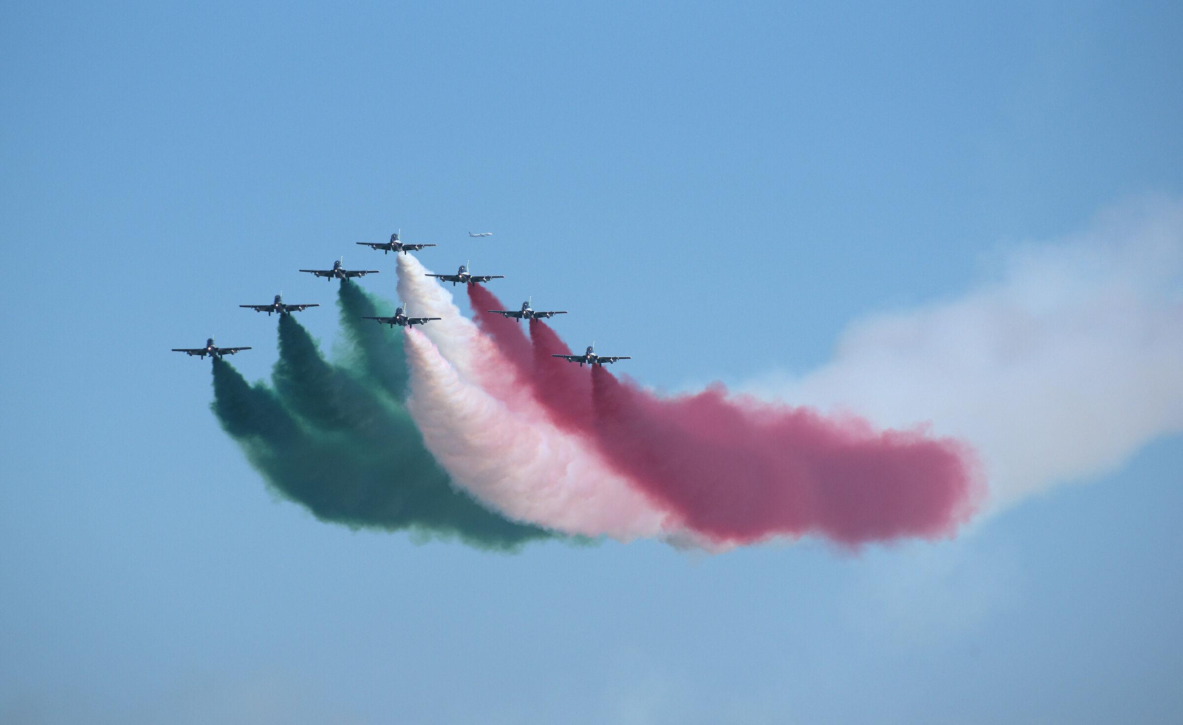 Frecce Tricolori...