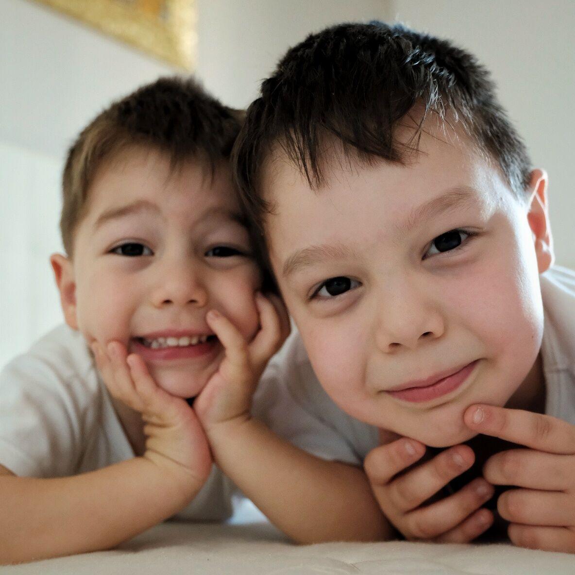 Monelli Brothers 4...