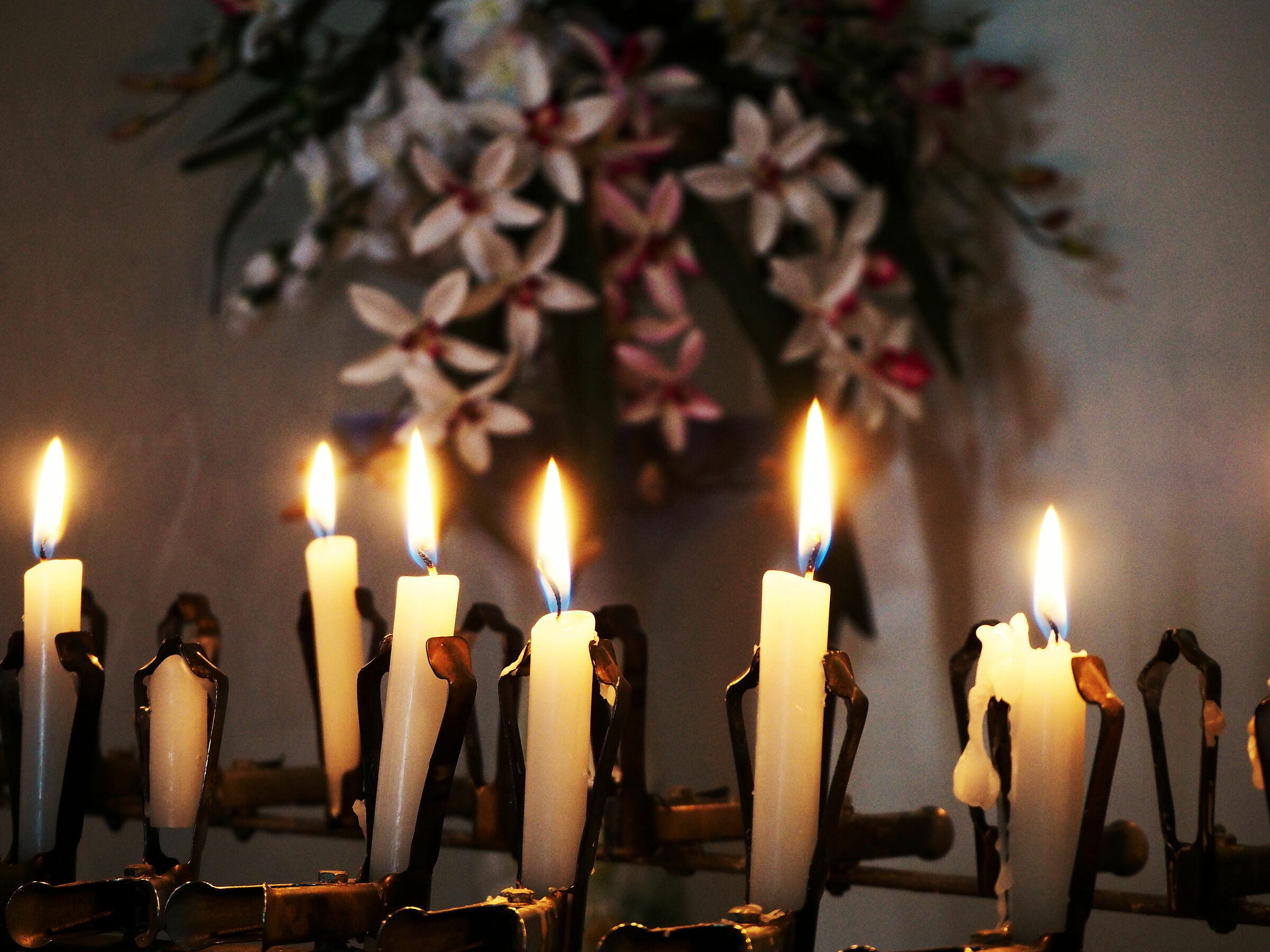 Candele in chiesa...