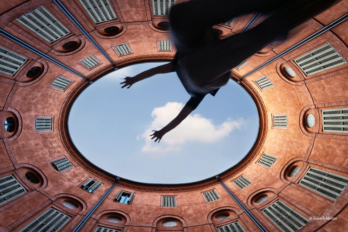 Ferrara Round Foschini...