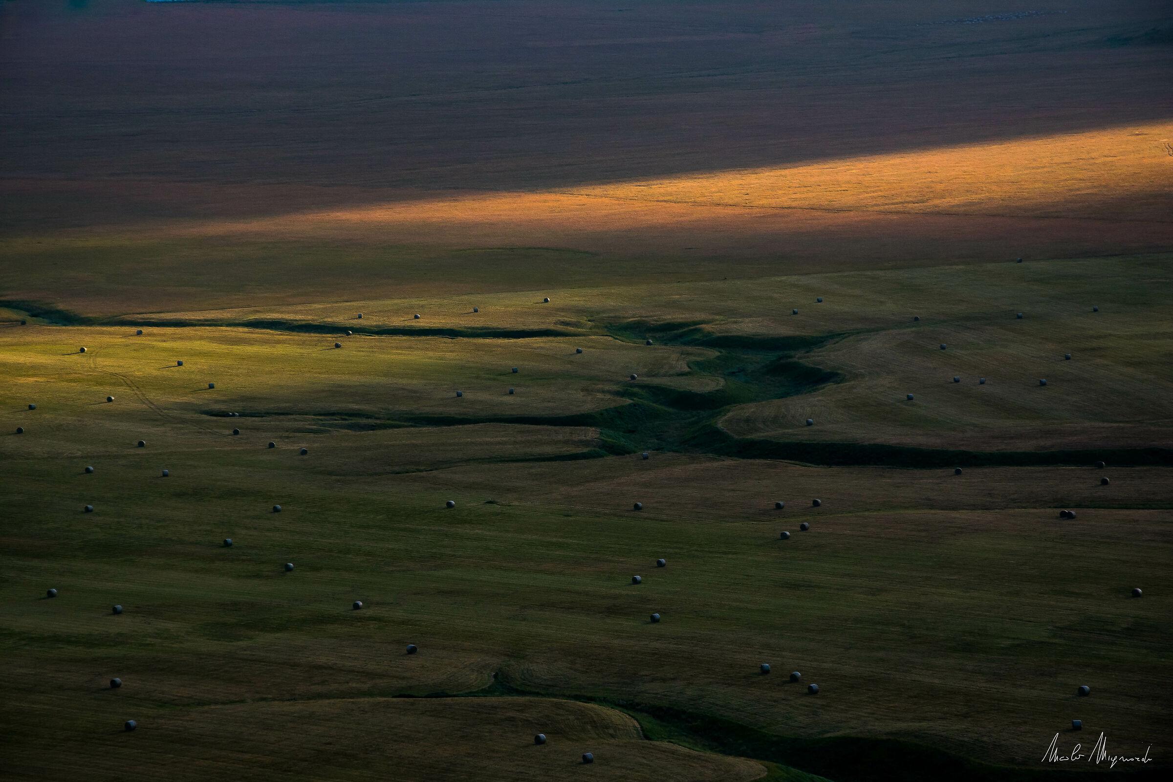 L'alba si affaccia sul fosso dei Mergani...