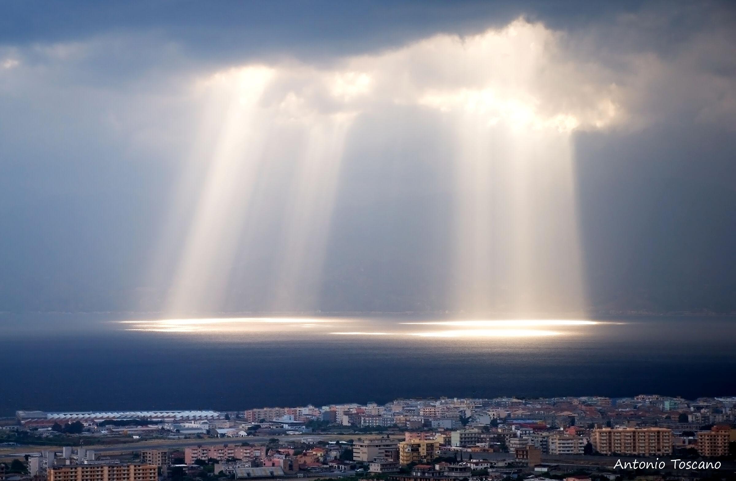 "Ciak turns: ""stage light""..."