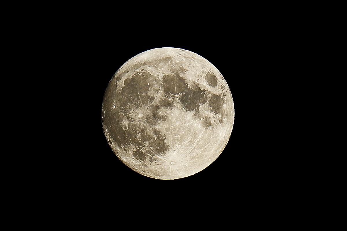 Luna nera...