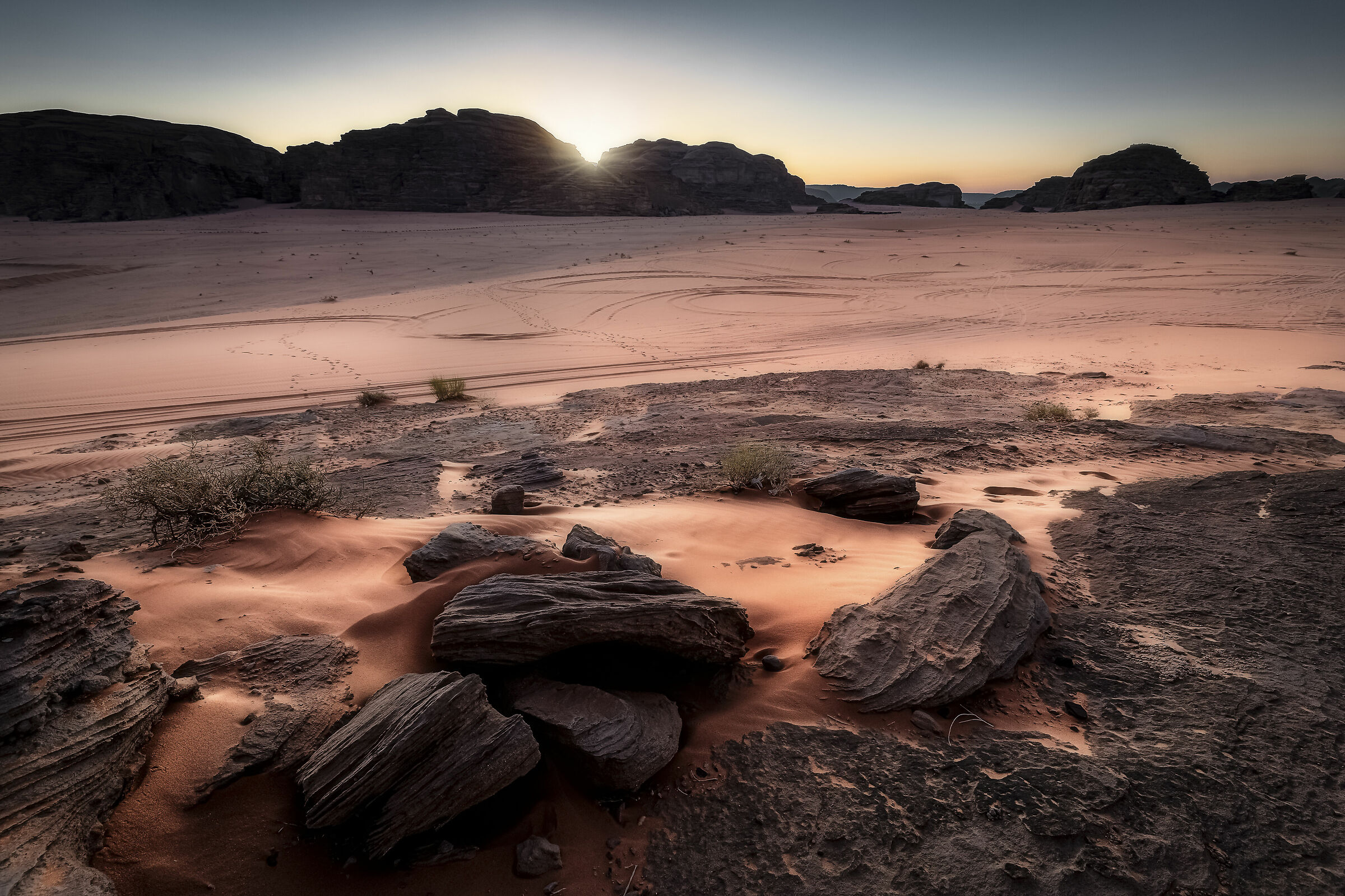 First lights in Wadi Rum...