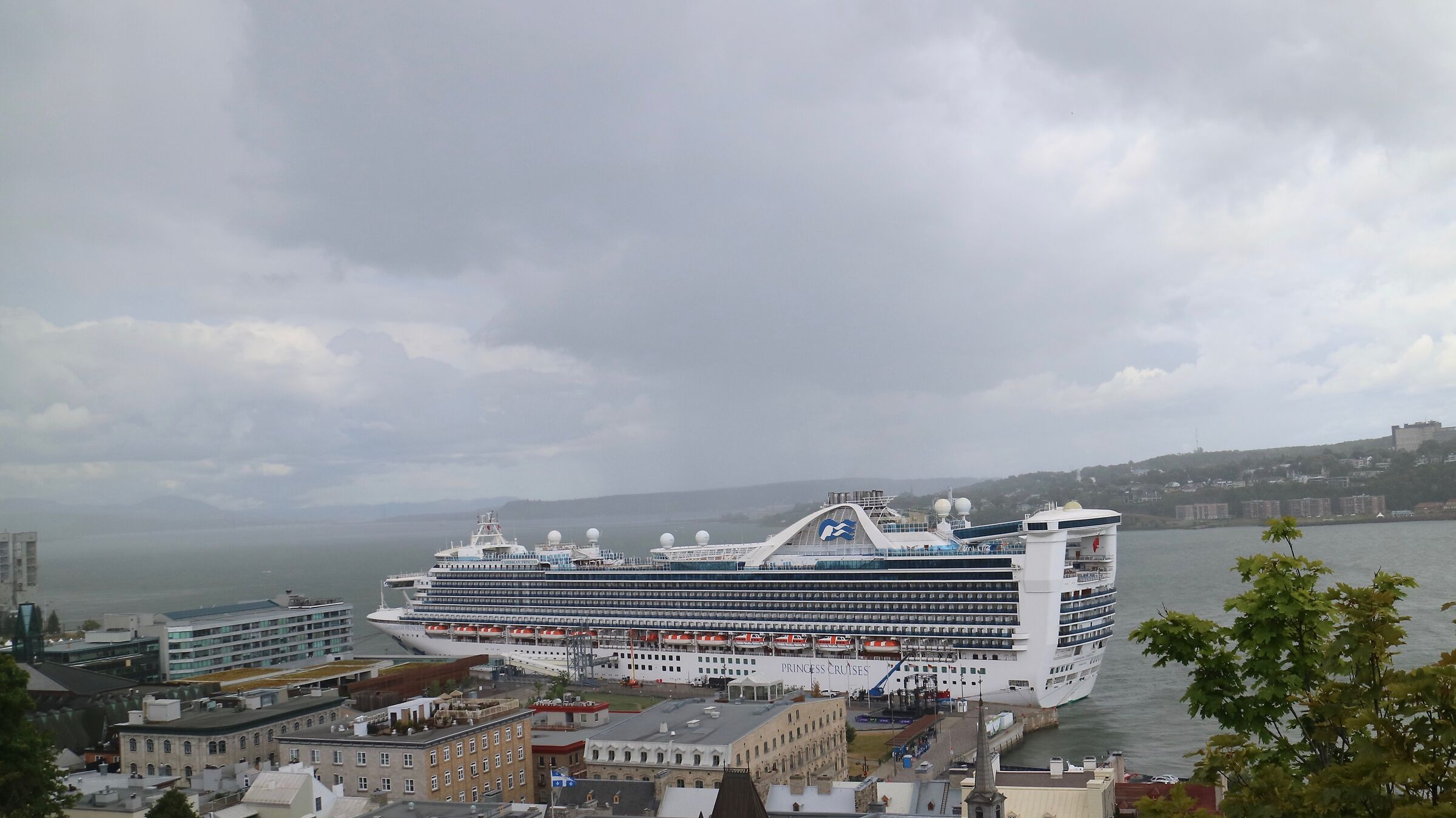 We have many visitors with the cruise ships-Quebec City...