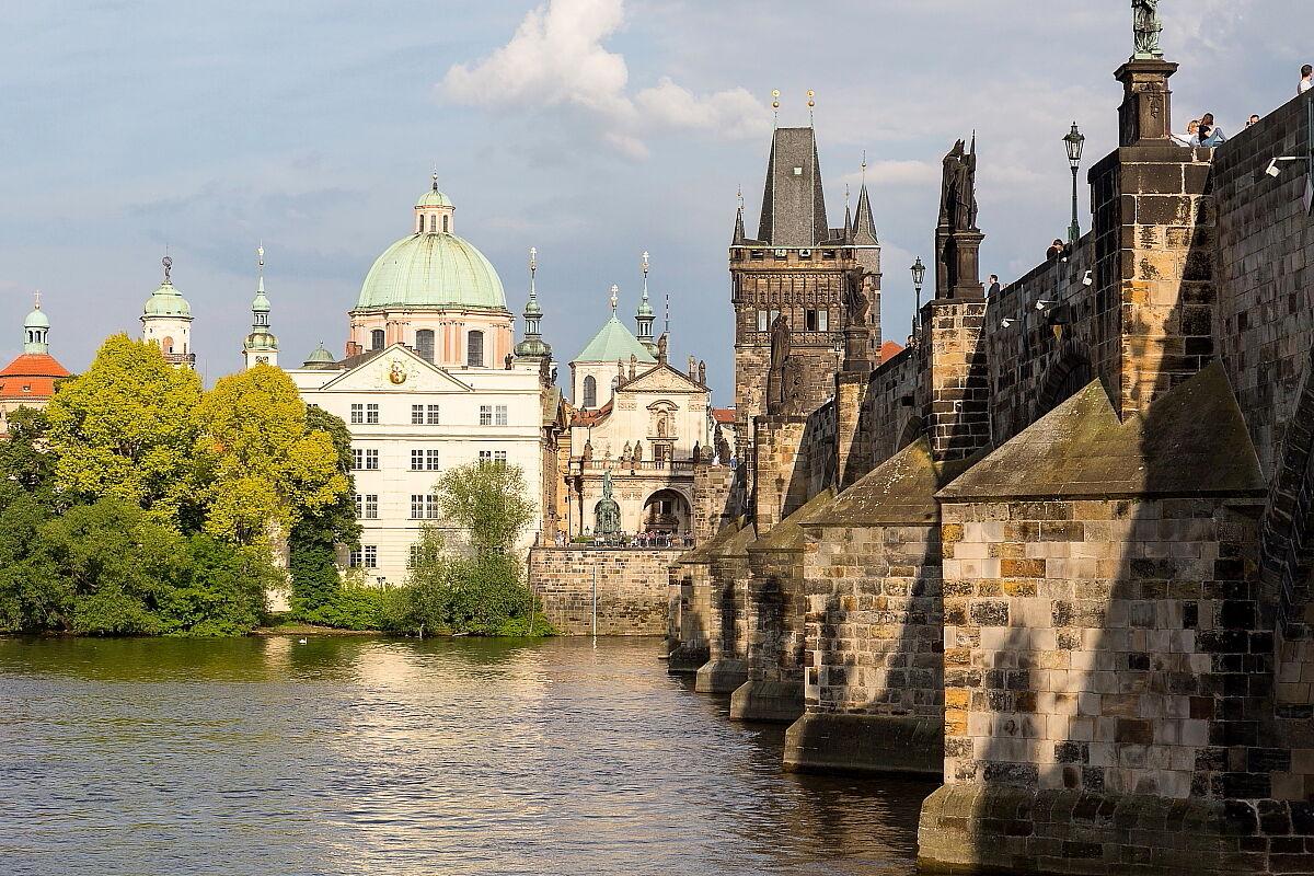 Prague 1...
