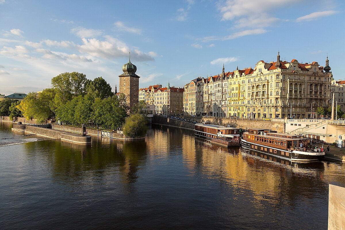 Prague 2...