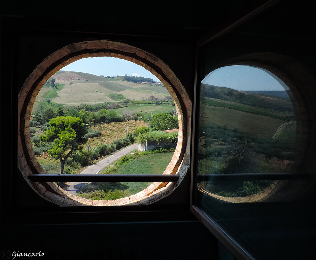 And I look at the world from a porthole...