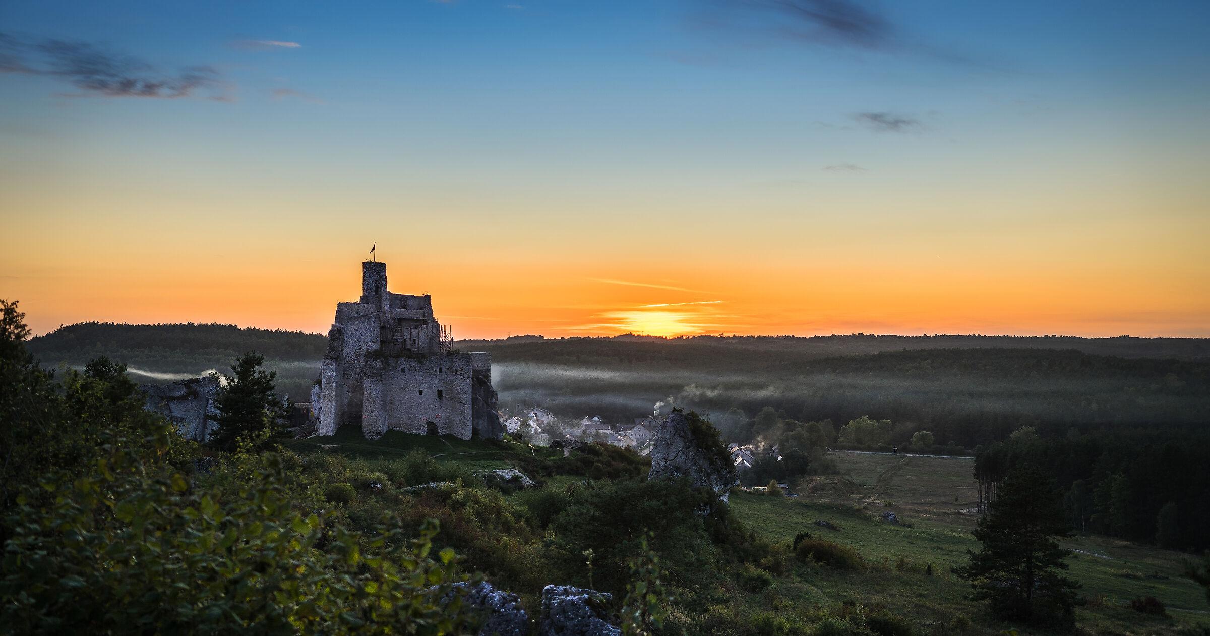 Ruiny zamku w Mirowie...