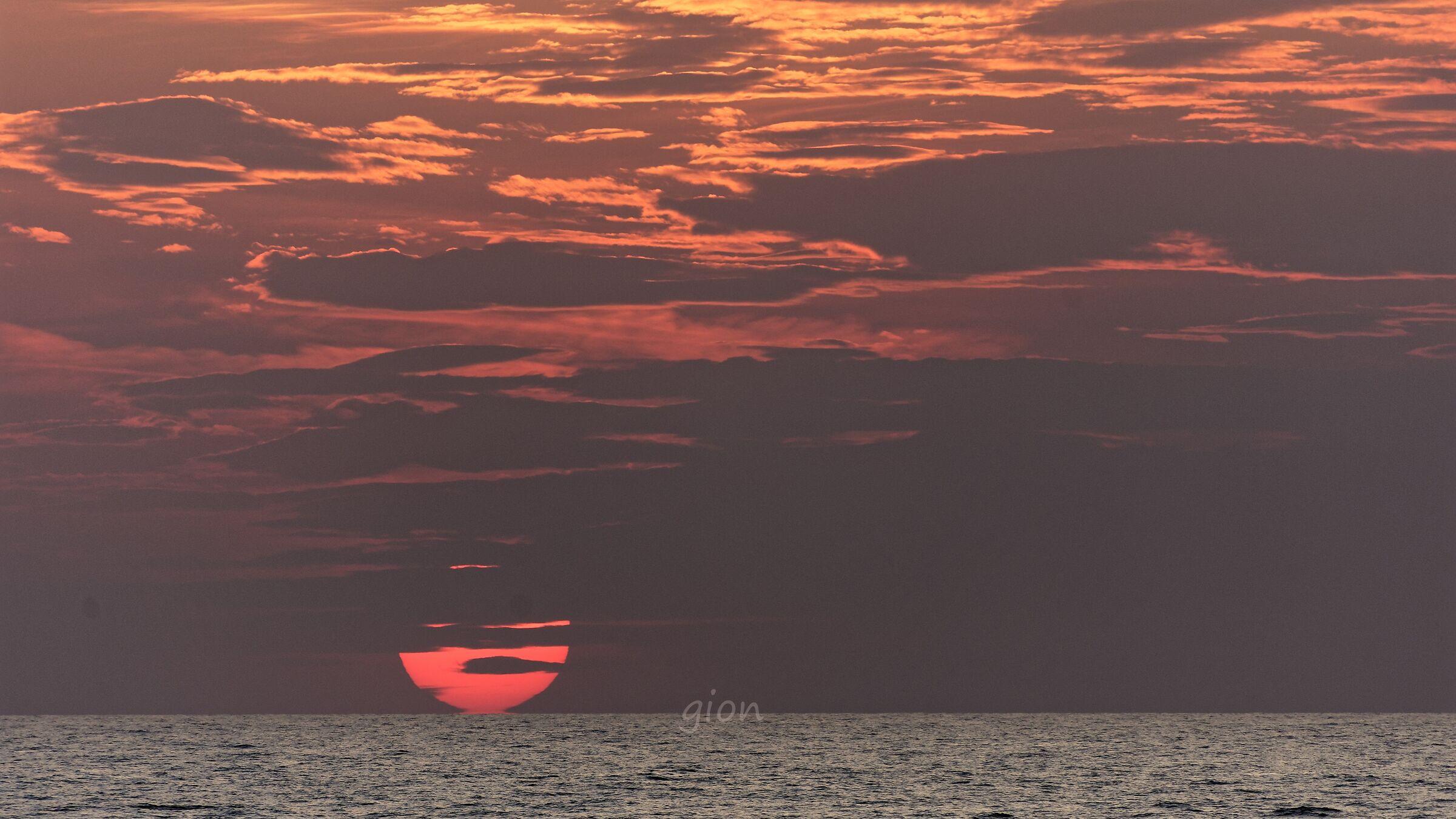 Sunrise or sunset ?...