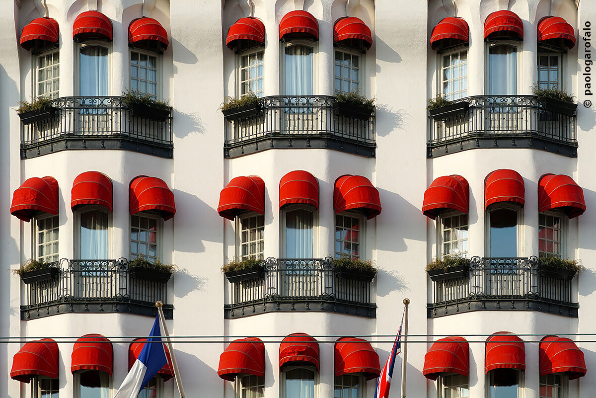 Red curtain pattern...
