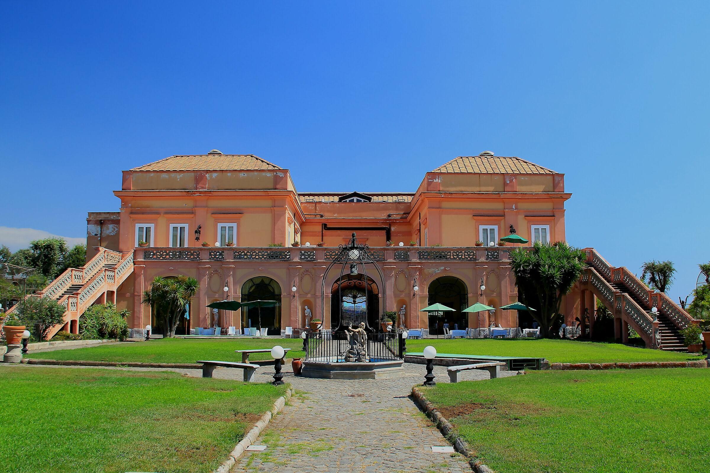 The villas of the Golden Mile: Villa Signorini...