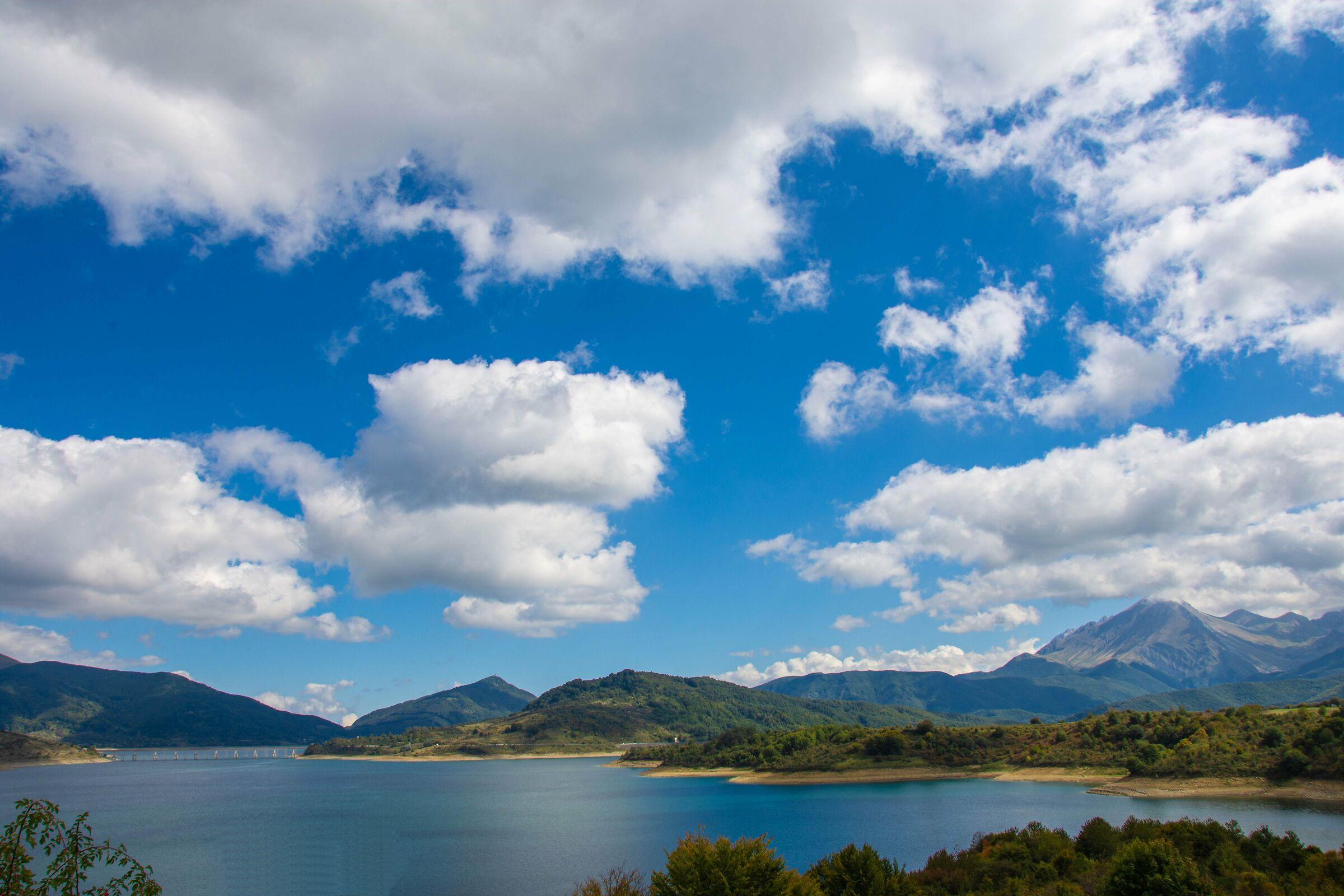 Lago di Campotosto...