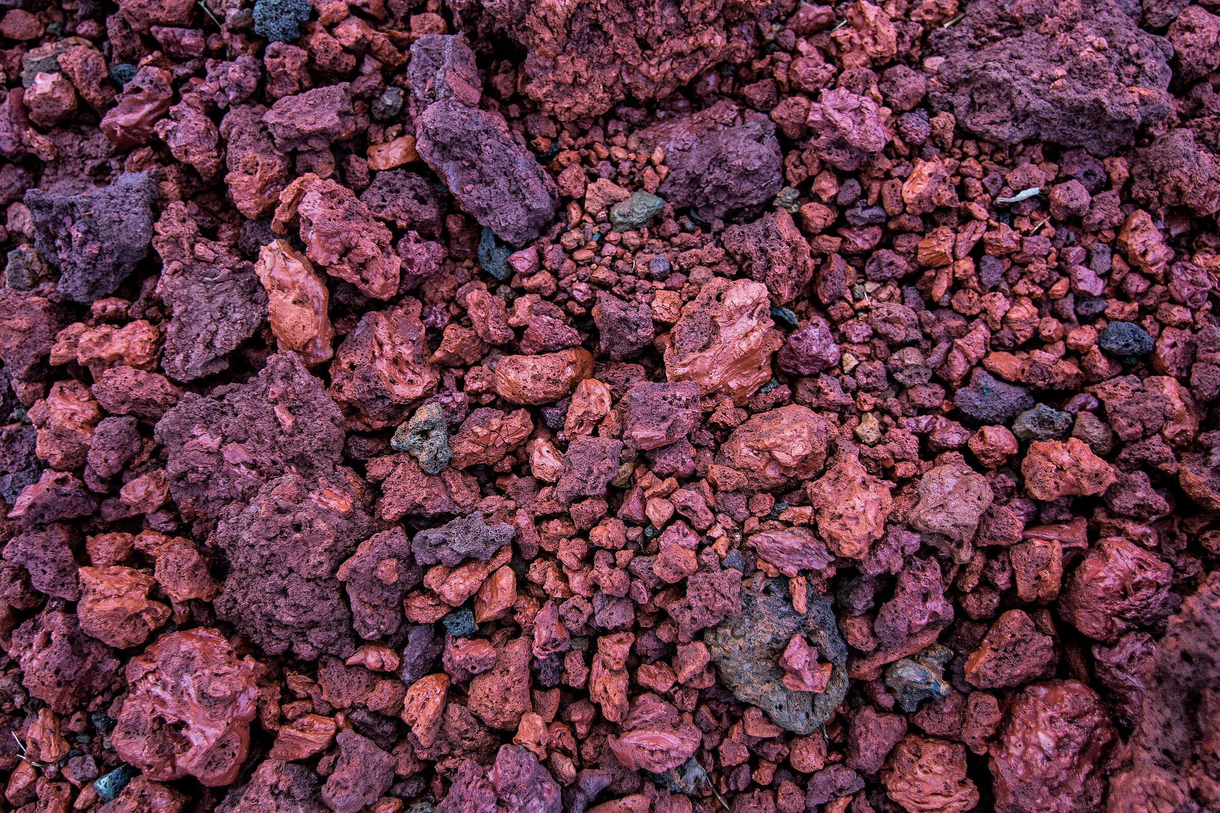 Volcanic rocks in Keri...