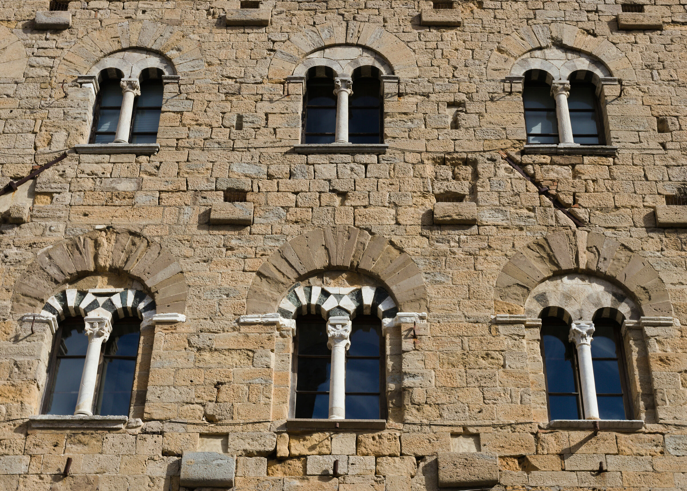 Medieval symmetries...