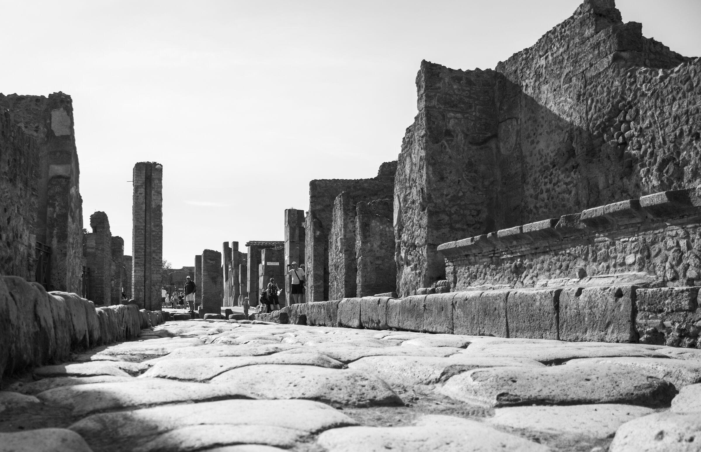 White and Black Pompeii...