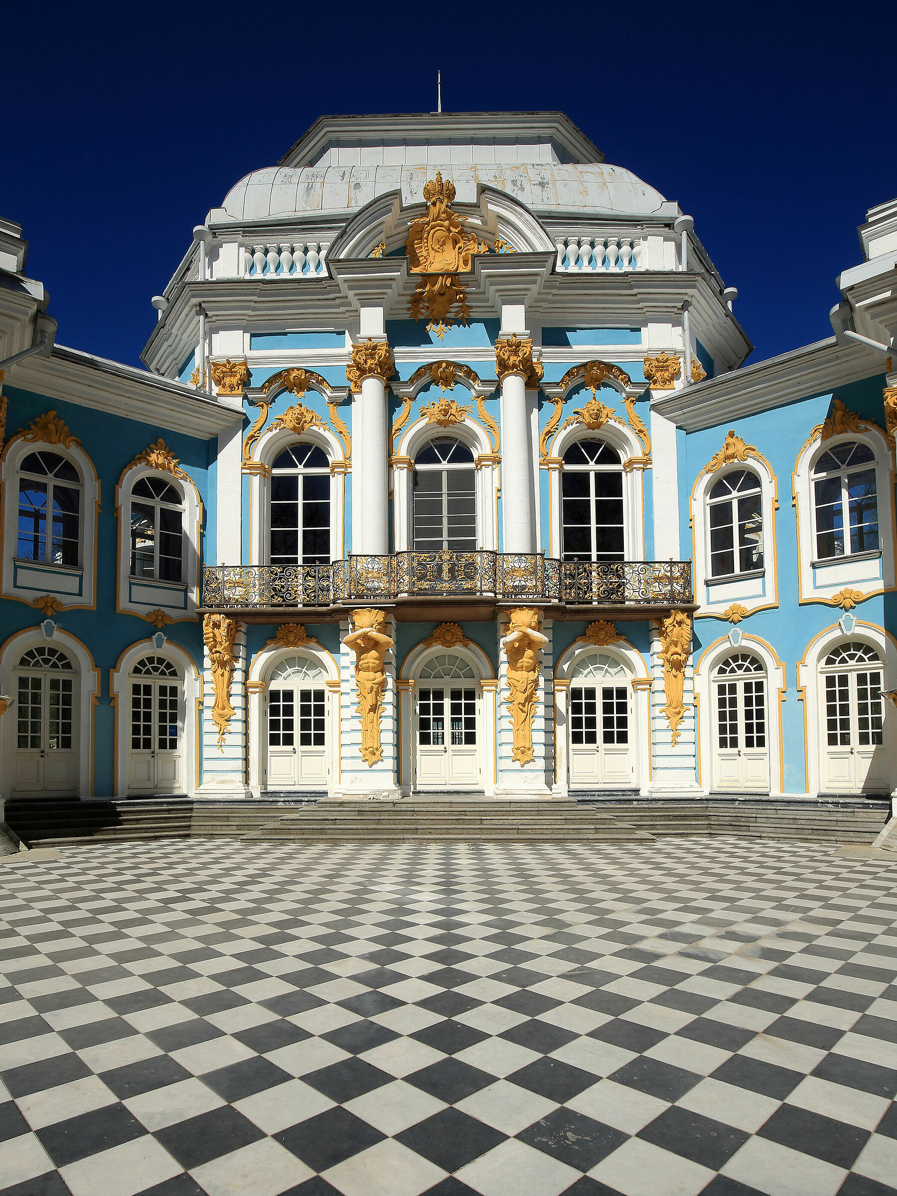 Chess and rococo...