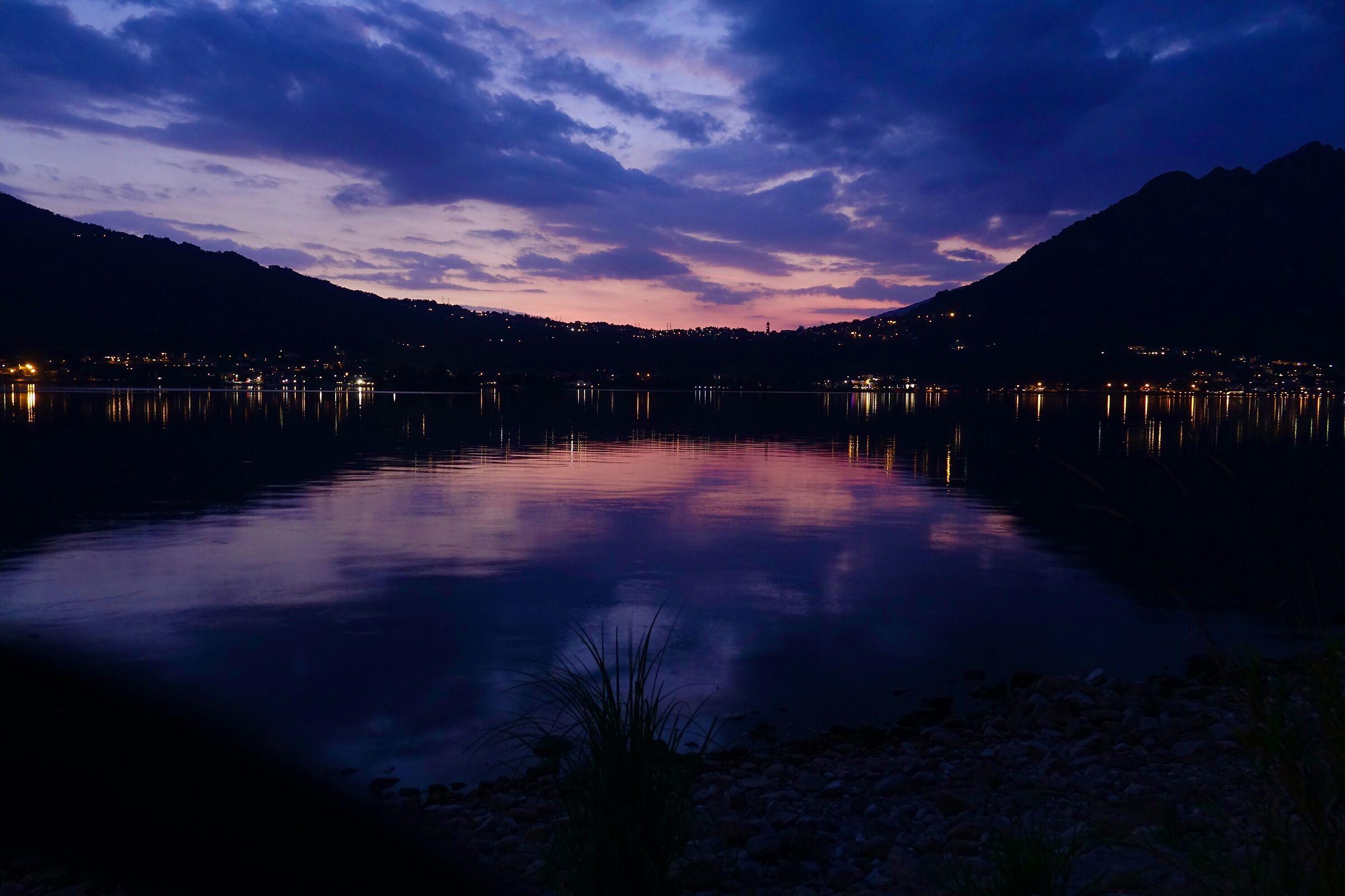 tramonto autunnale sul lago di Garlate 2...