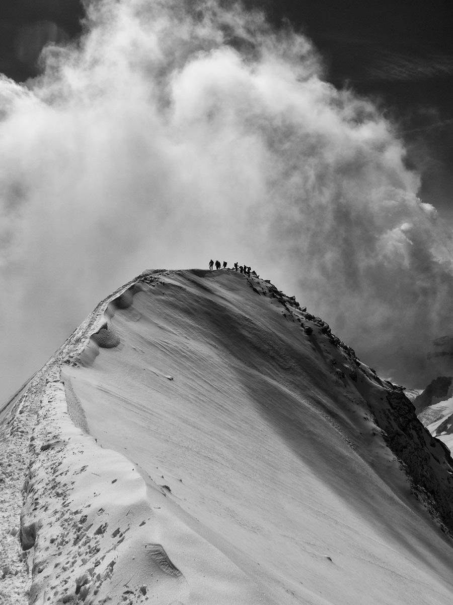 Salgono le nubi in cima al Weissmies (m. 4.023)...