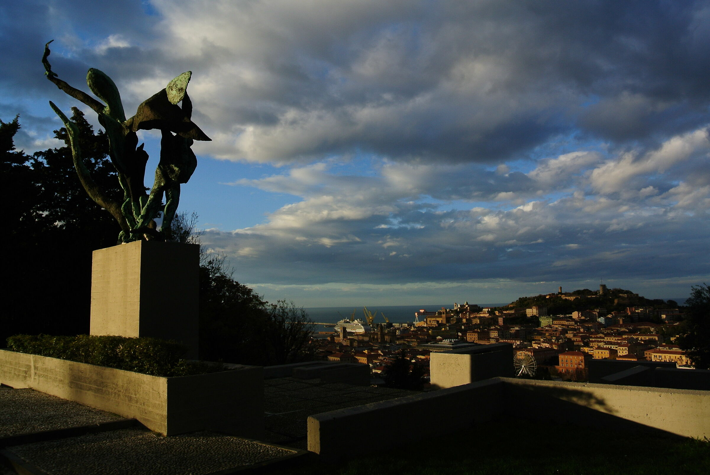 AN panorama e monumento_02...