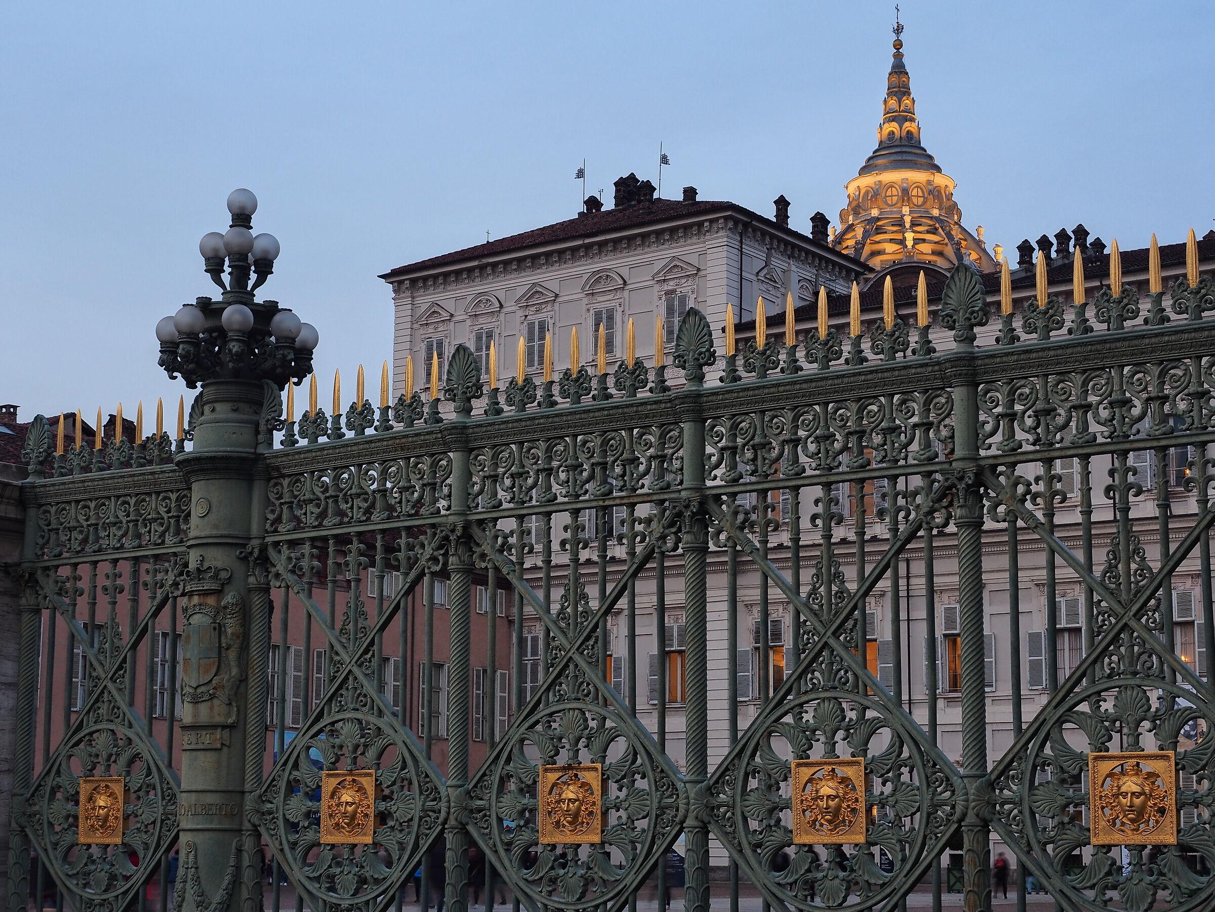 Royal Palace ...