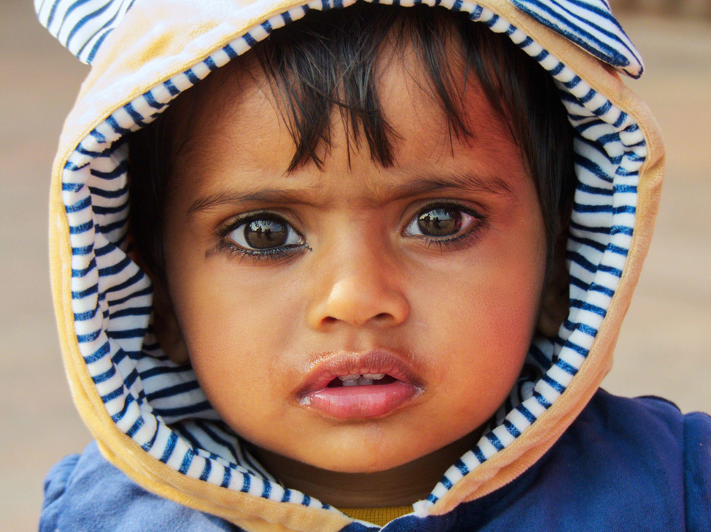 Rajasthan, occhi di bimbo....